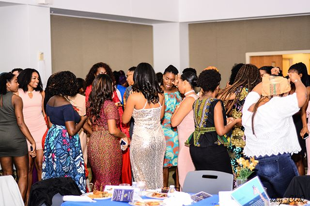 11.11.17 The 5th Annual Umoja Benefit Ball 🌍 hosted by the Organization of African Students and the Ethiopian Eritrean Student Association. All proceeds went to Pure Madi. 📷: Kojo Nketsia-Tabiri, @the_photog1