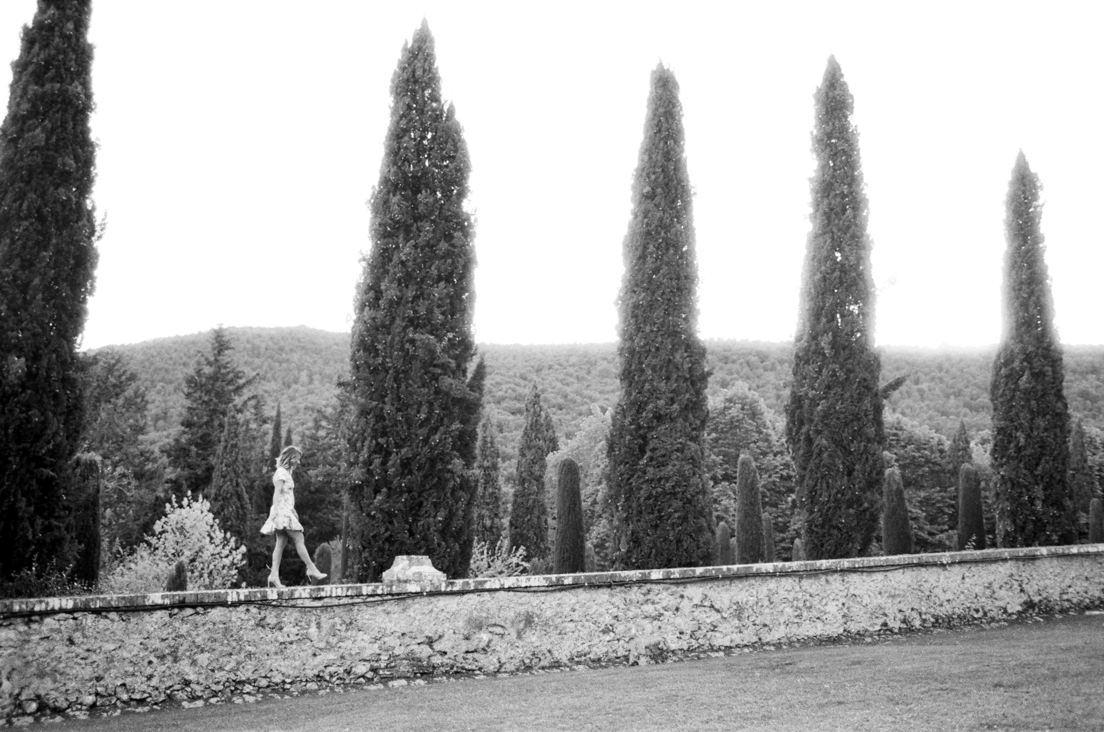 villa-cetinale-engagement-23.jpg