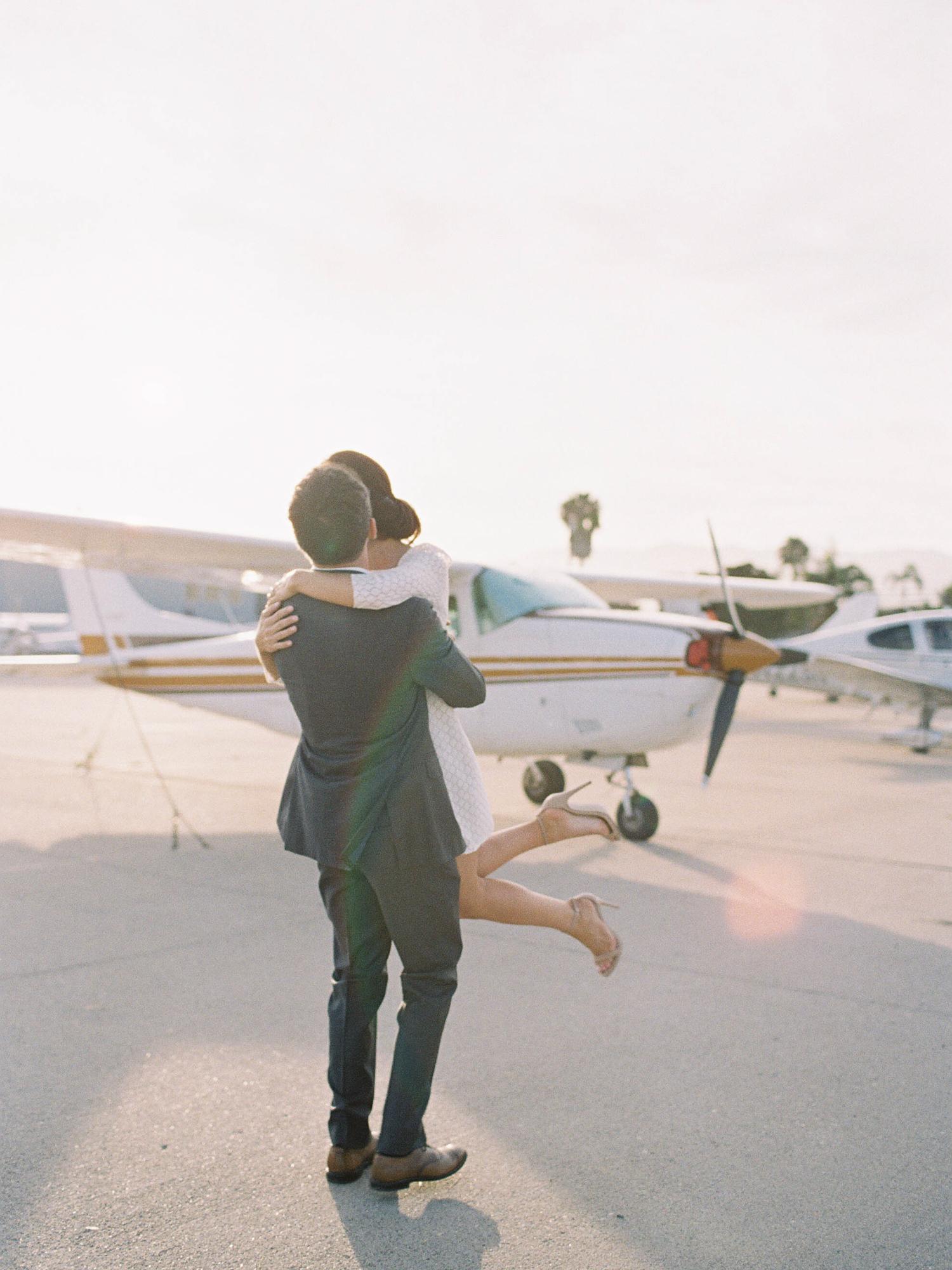 airport-engagement-shoot-5.jpg