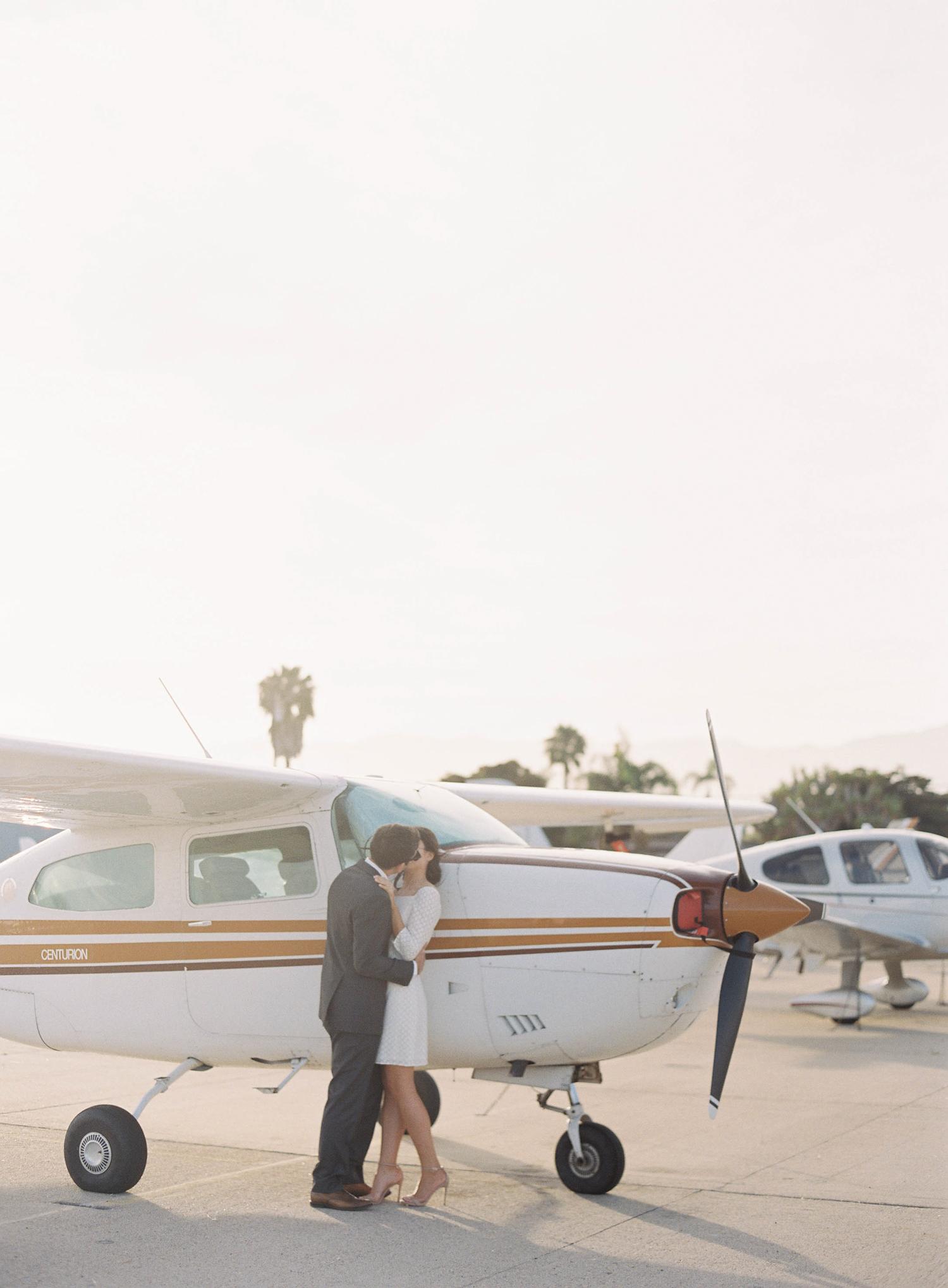 airport-engagement-shoot-7.jpg