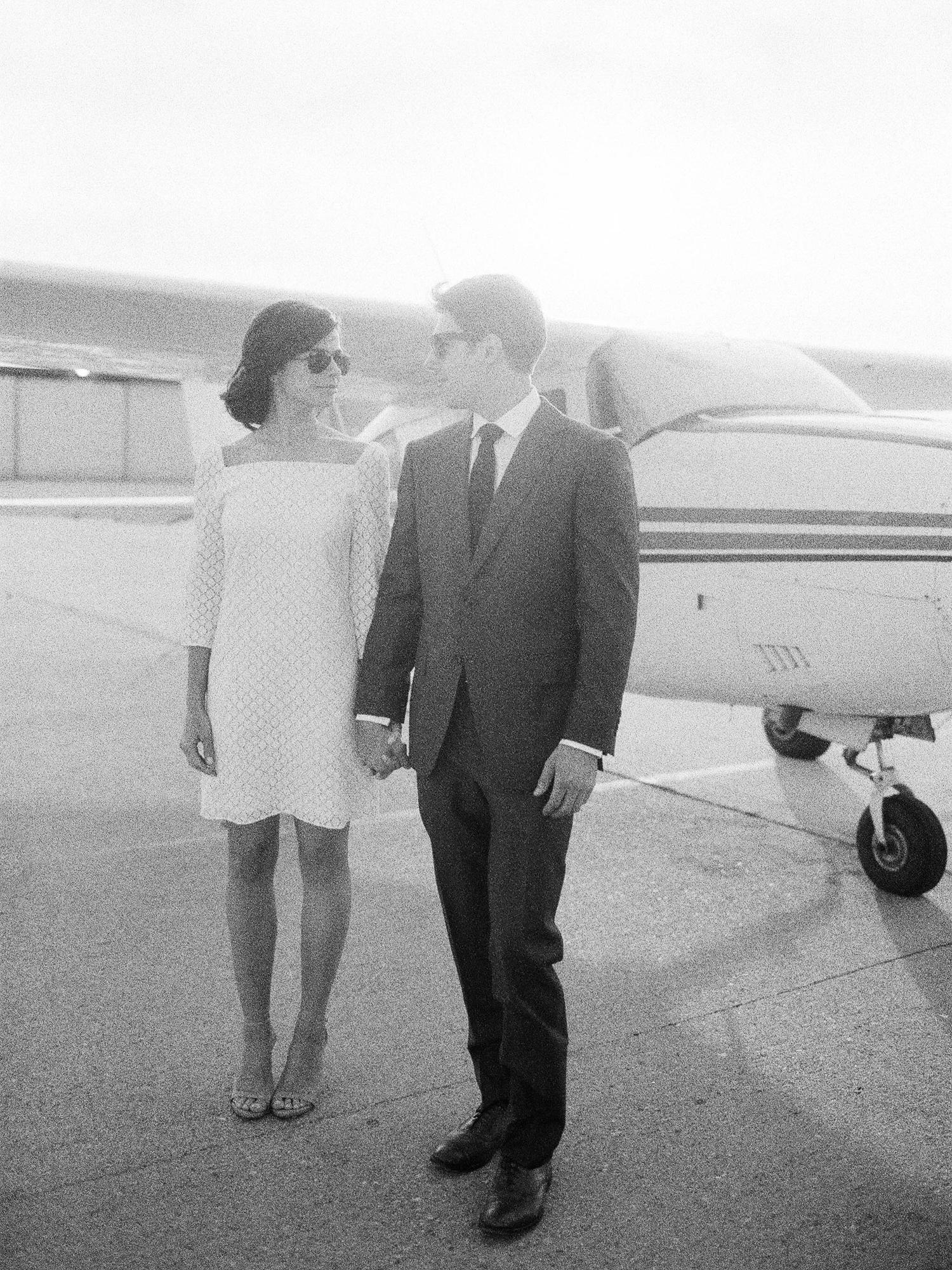 airport-engagement-shoot-26.jpg