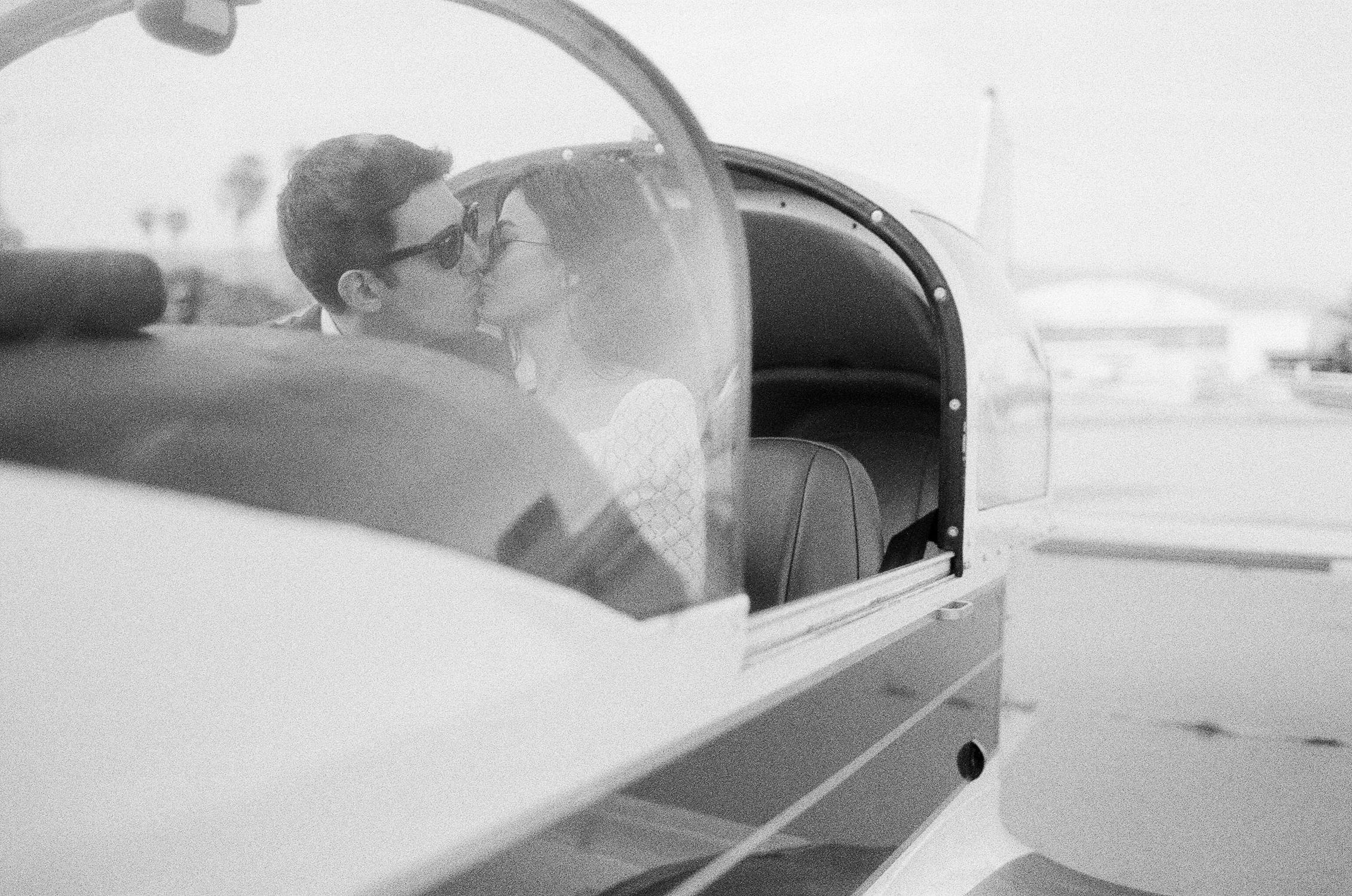 airport-engagement-shoot-33.jpg