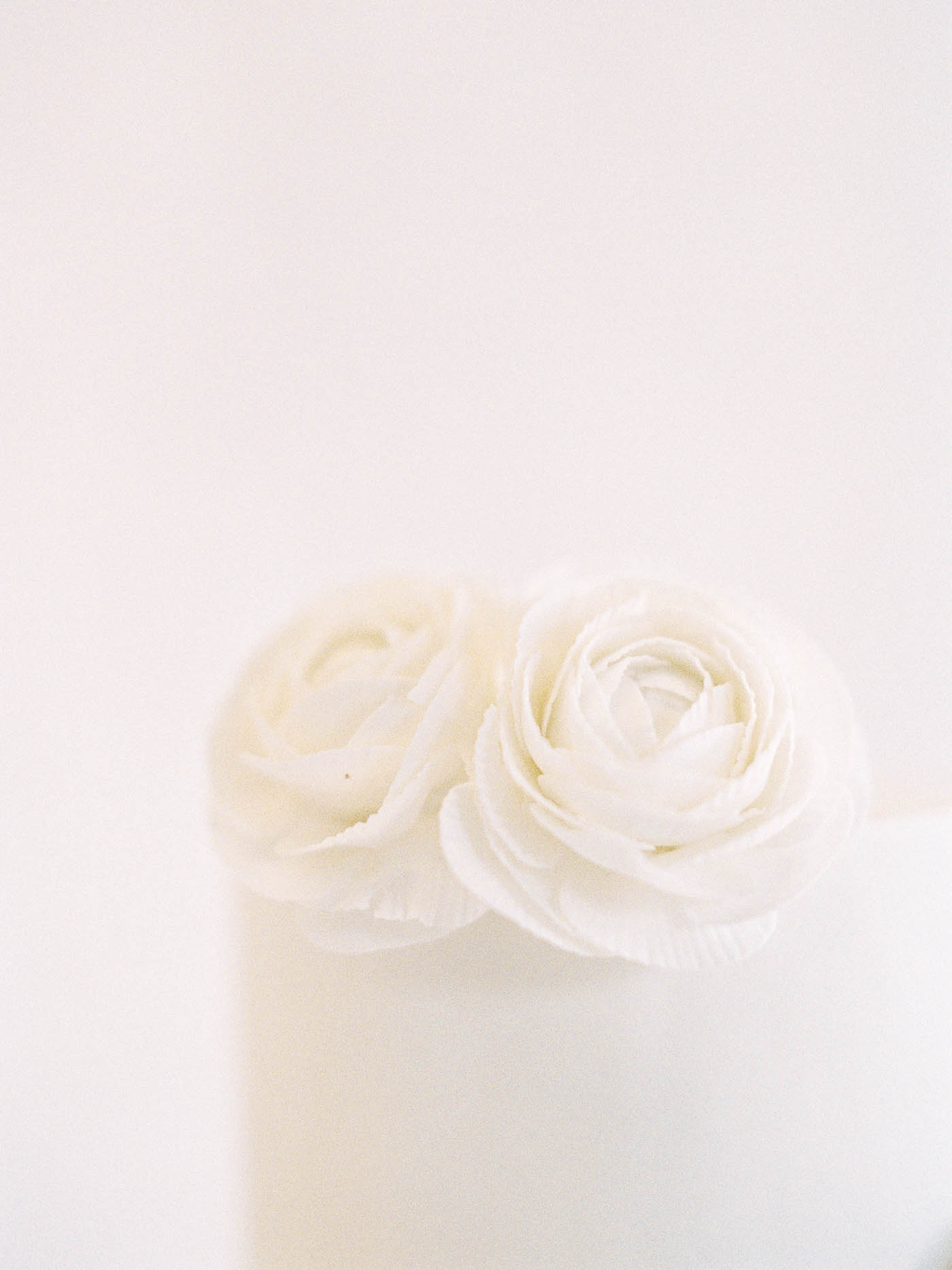 Delicate-Wedding-Cakes-9-Jen_Huang-002343-R1-022.jpg