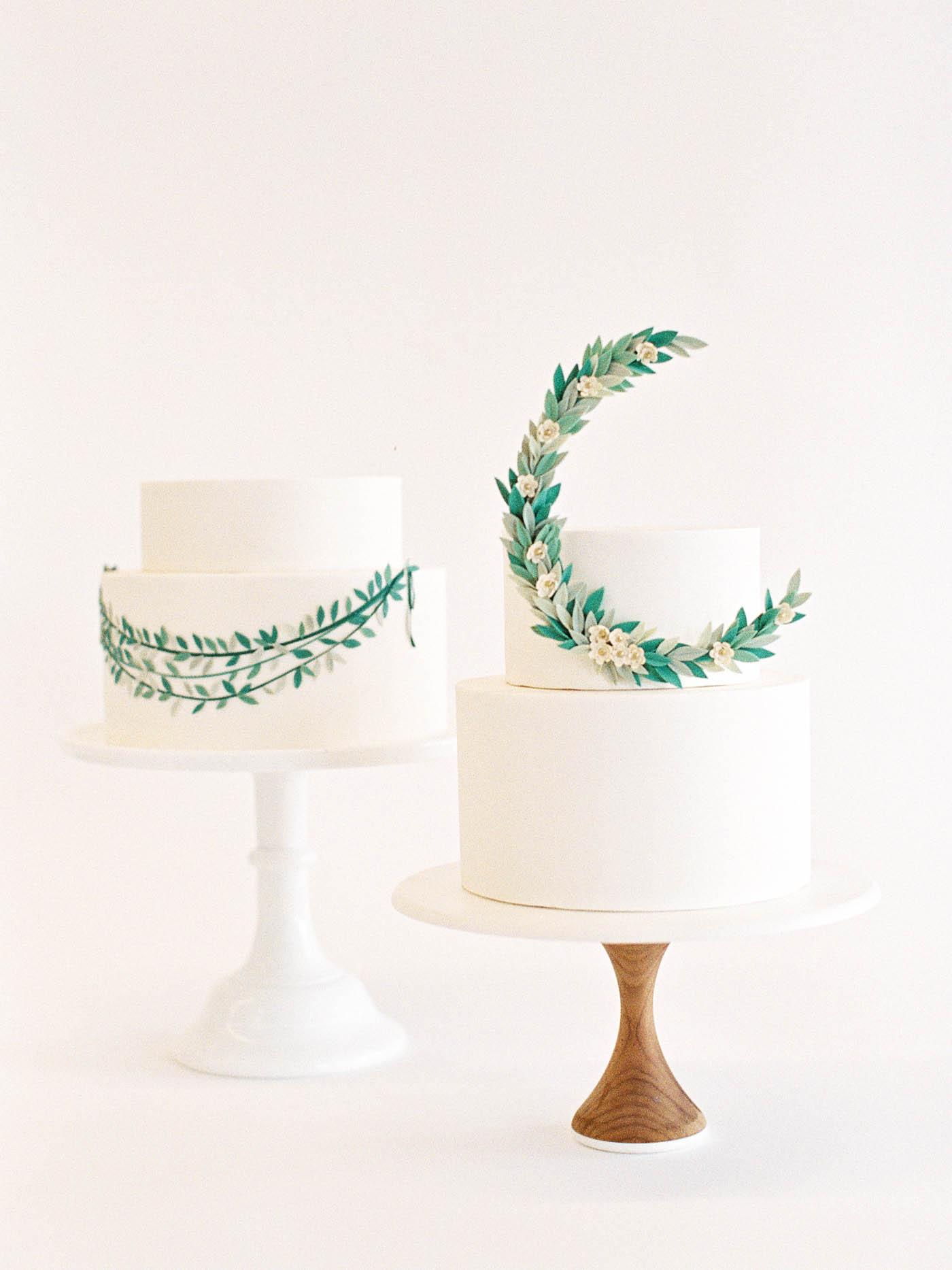 Delicate-Wedding-Cakes-13-Jen_Huang-002343-R1-007.jpg