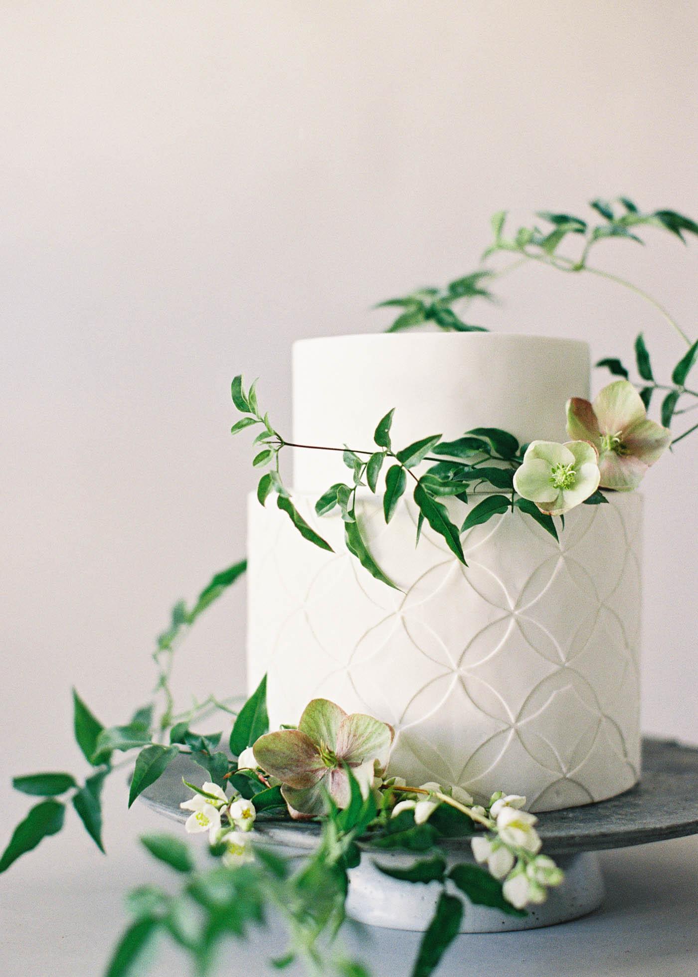 naturalist-cakes-7-Jen_Huang-000486-R1-035-16.jpg
