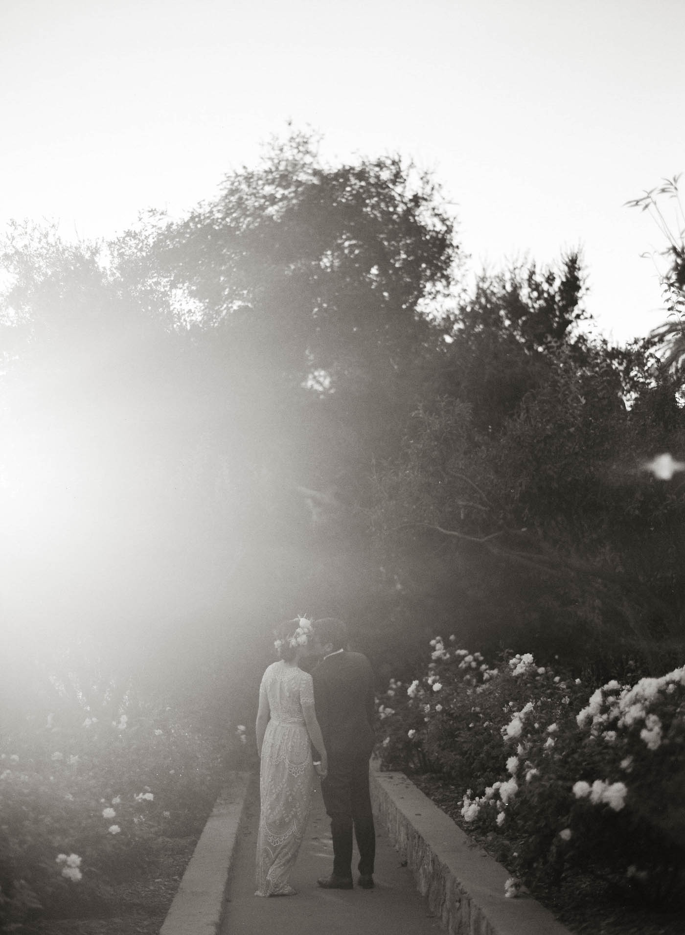 san-ysidro-ranch-garden-wedding-jen-huang-14.jpg