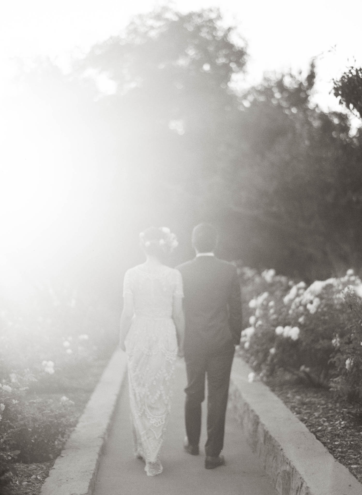 san-ysidro-ranch-garden-wedding-jen-huang-17.jpg