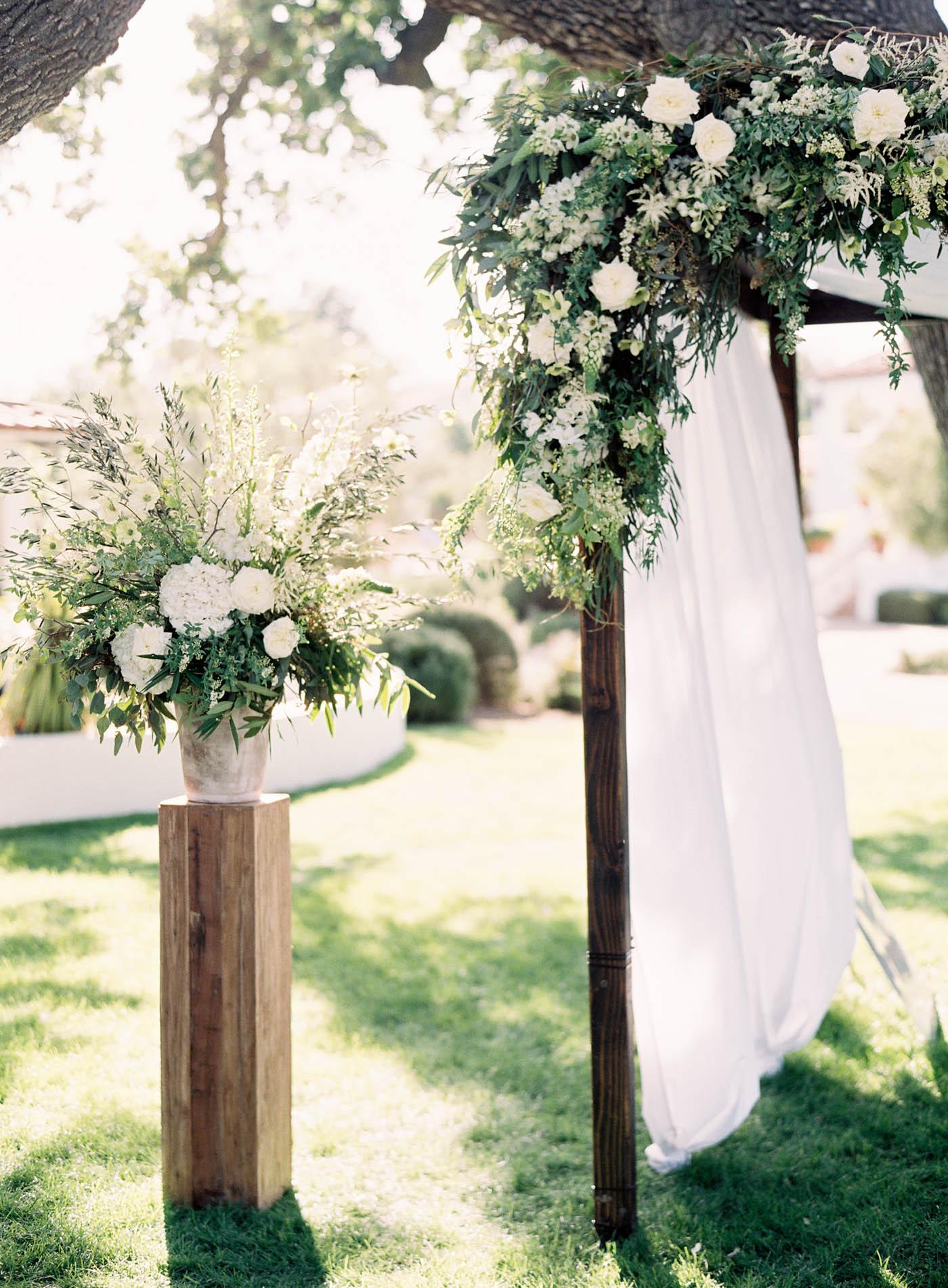 ojai-valley-inn-summer-wedding-jen-huang-12.jpg