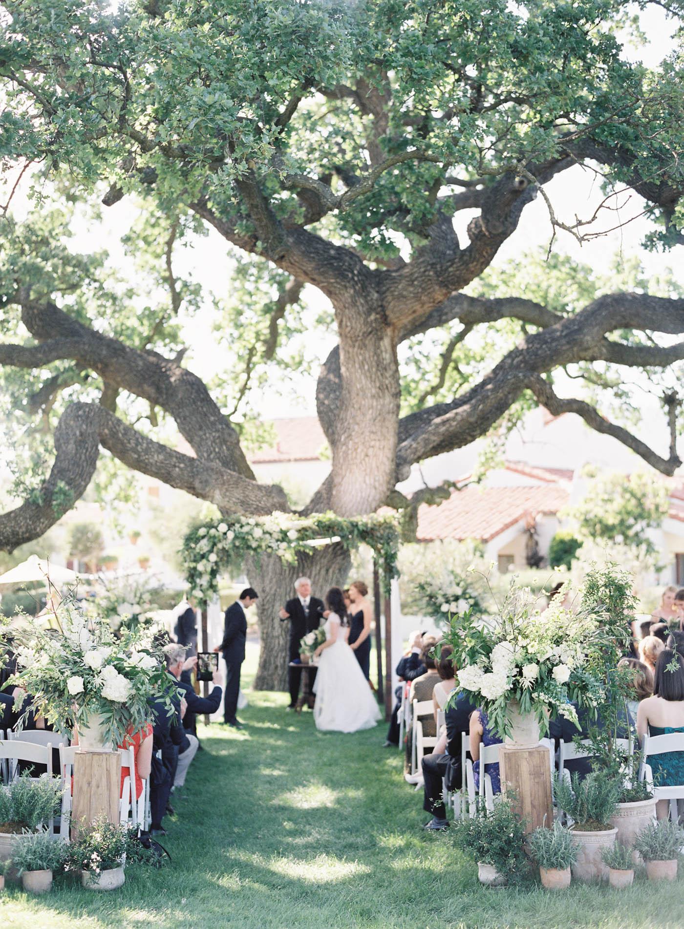 ojai-valley-inn-summer-wedding-jen-huang-13.jpg