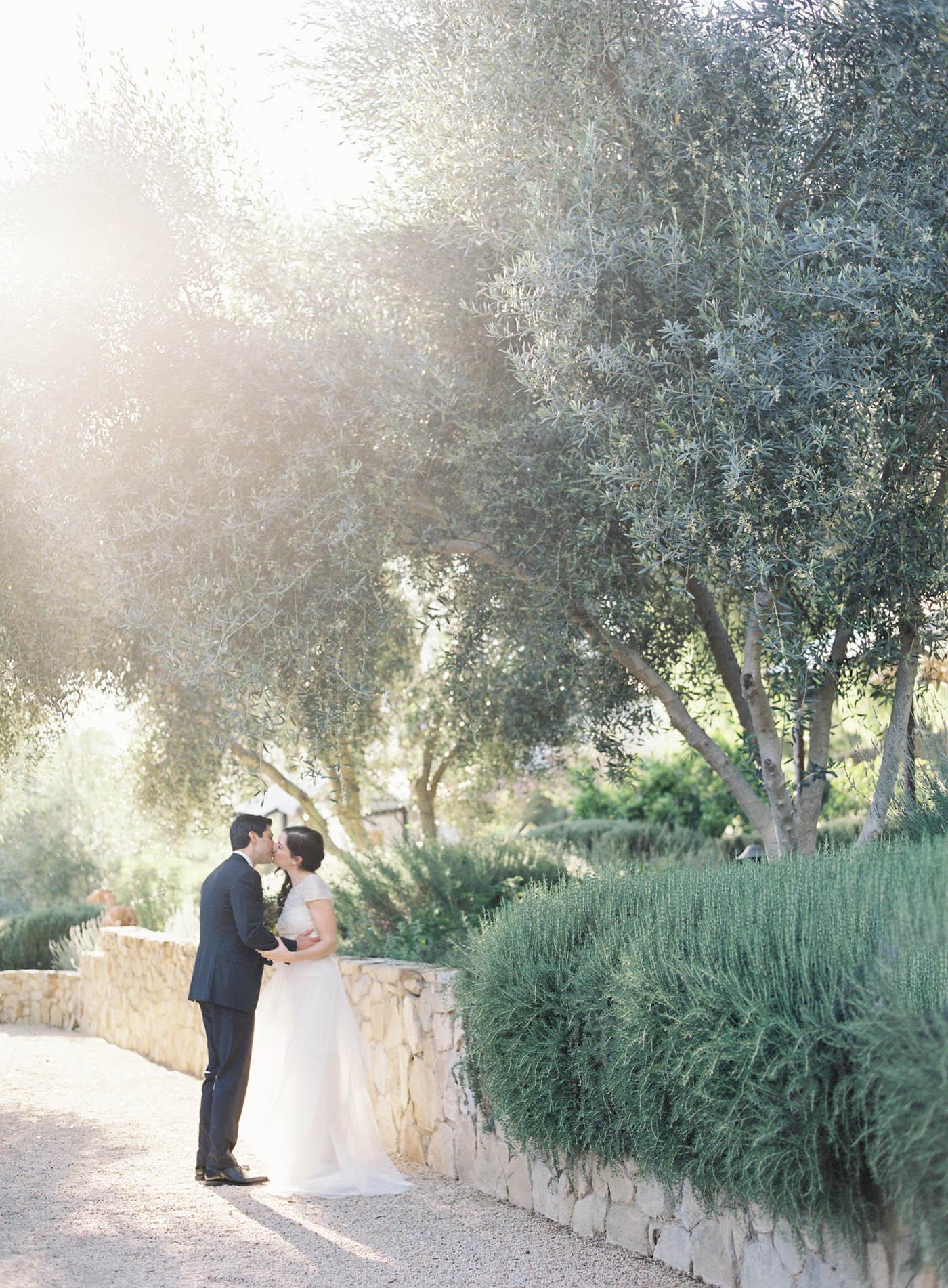 ojai-valley-inn-summer-wedding-jen-huang-18.jpg