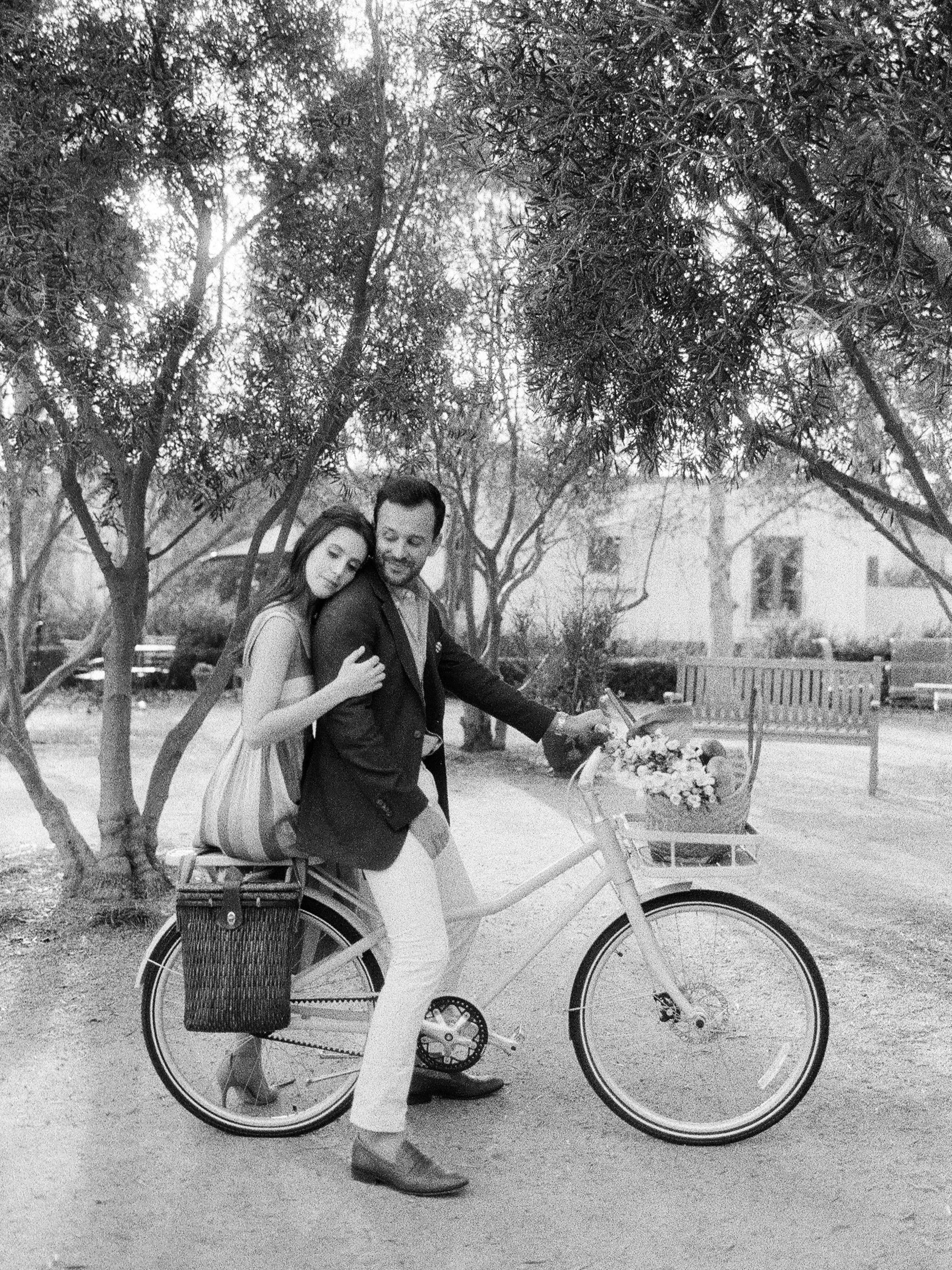 Bicycle_Engagement_Pasadena-110-Jen_Huang-000007180009.jpg