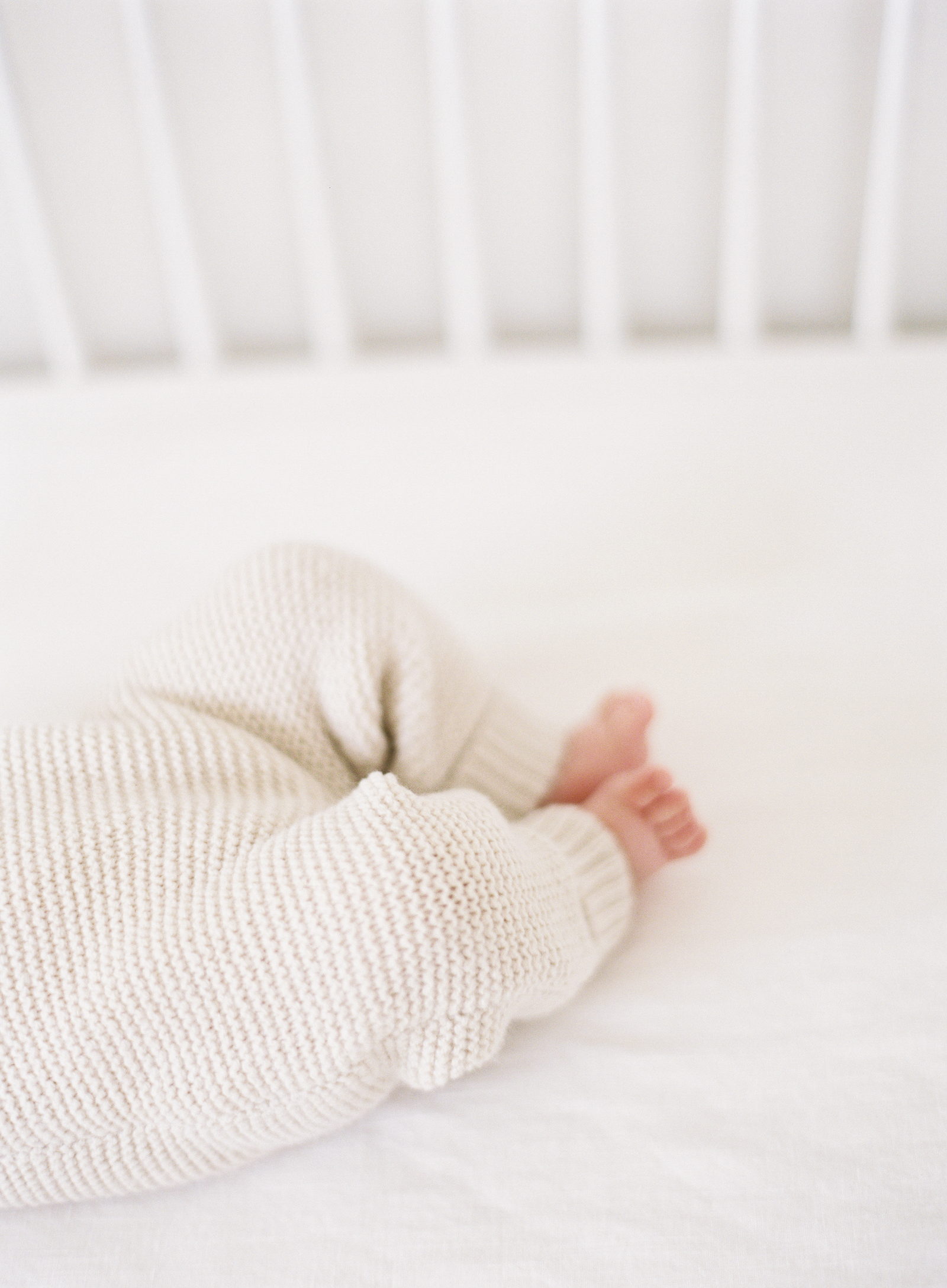 Pasadena_Newborn_Photos-5-Jen_Huang-008847-R1-002.jpg
