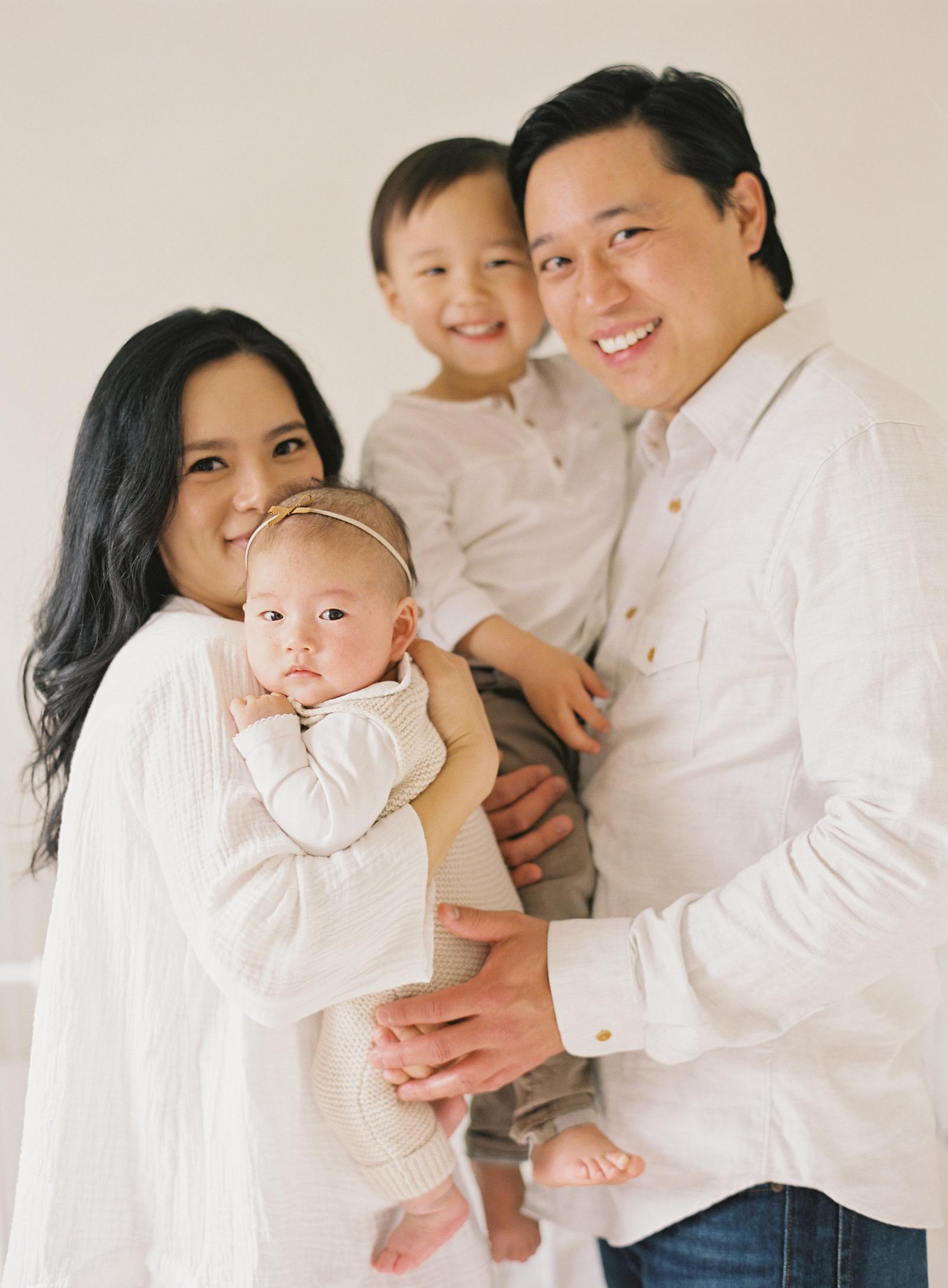 Pasadena_Newborn_Photos-27-Jen_Huang-008853-R1-016.jpg