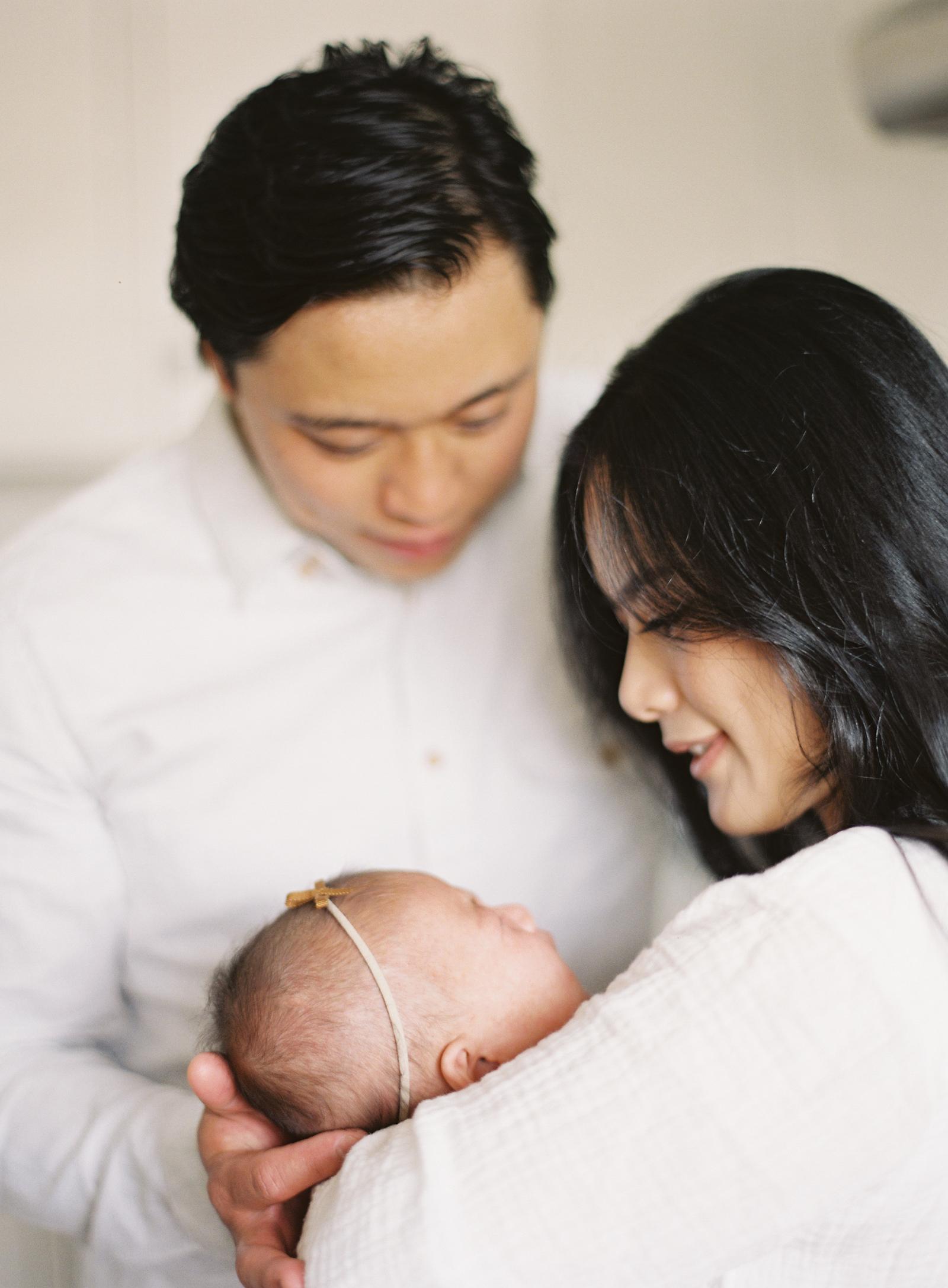 Pasadena_Newborn_Photos-28-Jen_Huang-008854-R1-009.jpg