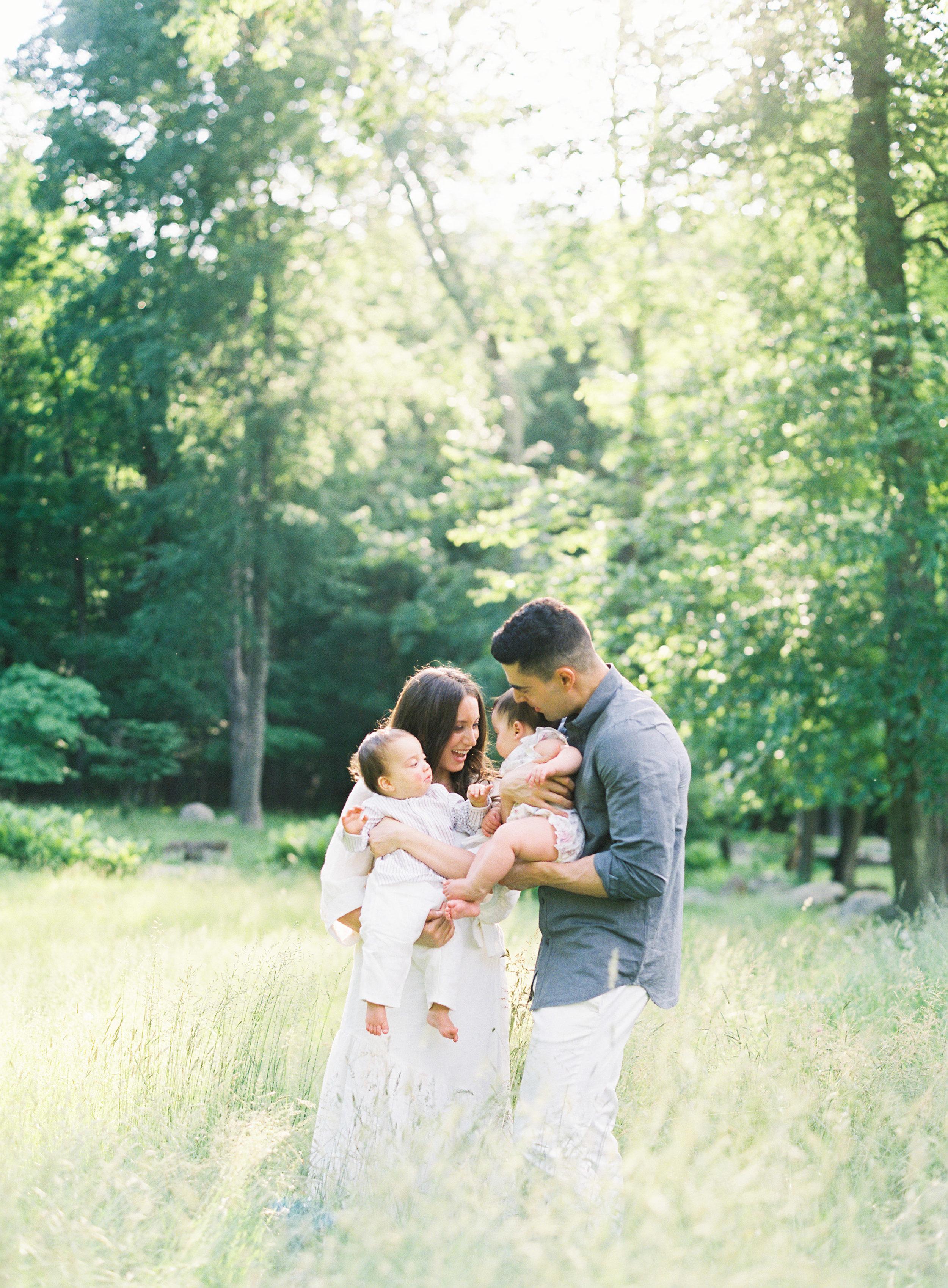 Pound-Ridge-Family-Portraits-4-Jen-Huang-003169-R1-005.jpg