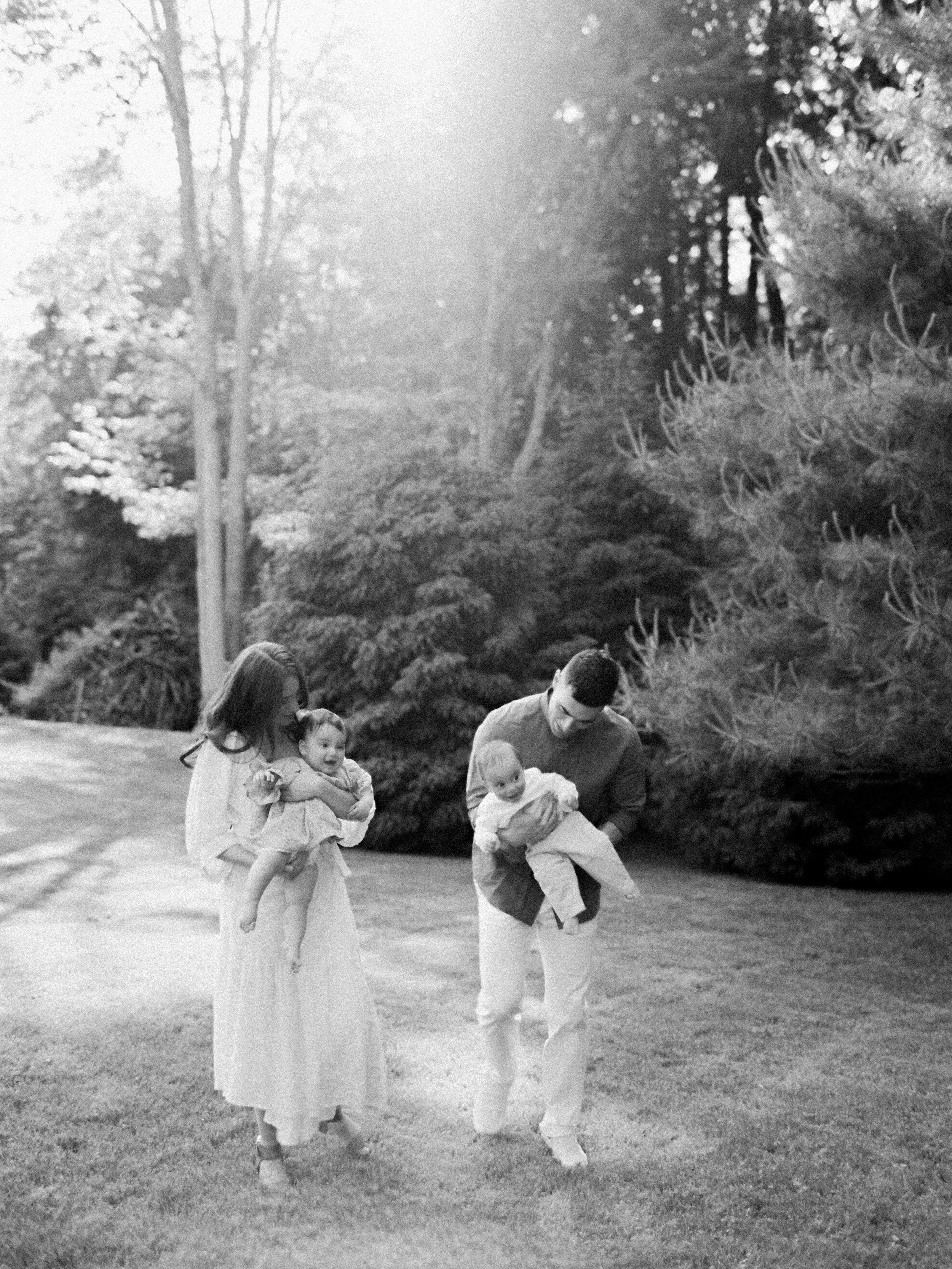 Pound-Ridge-Family-Portraits-65-Jen-Huang-003167-R1-015.jpg