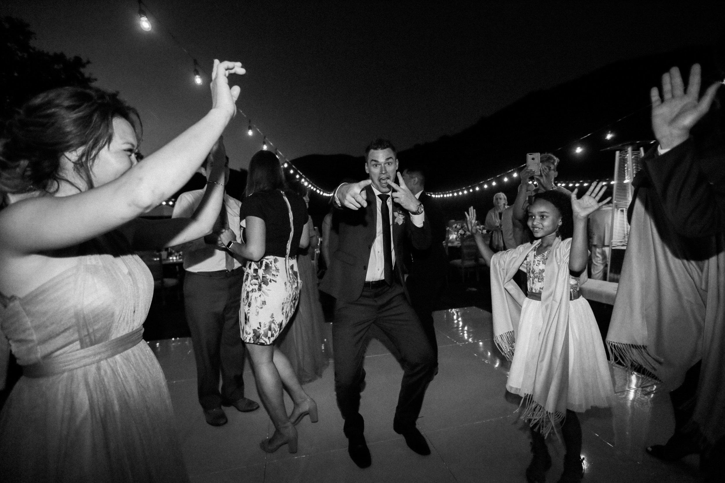 Triunfo_Creek_Winery_Wedding-291-Jen-Huang-JL_Jen_Huang_KB_(273).jpg