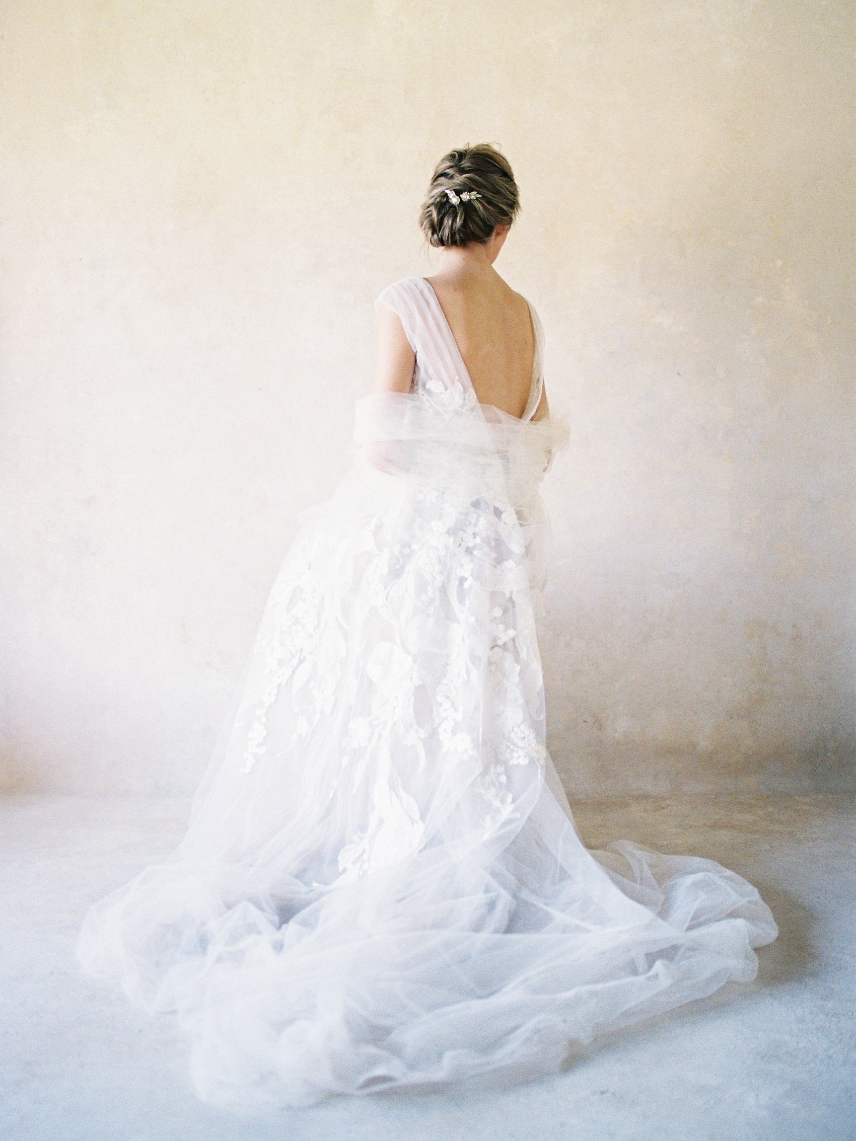 Bridal-Hollywood-10-Jen_Huang-032491-R1-011.jpg