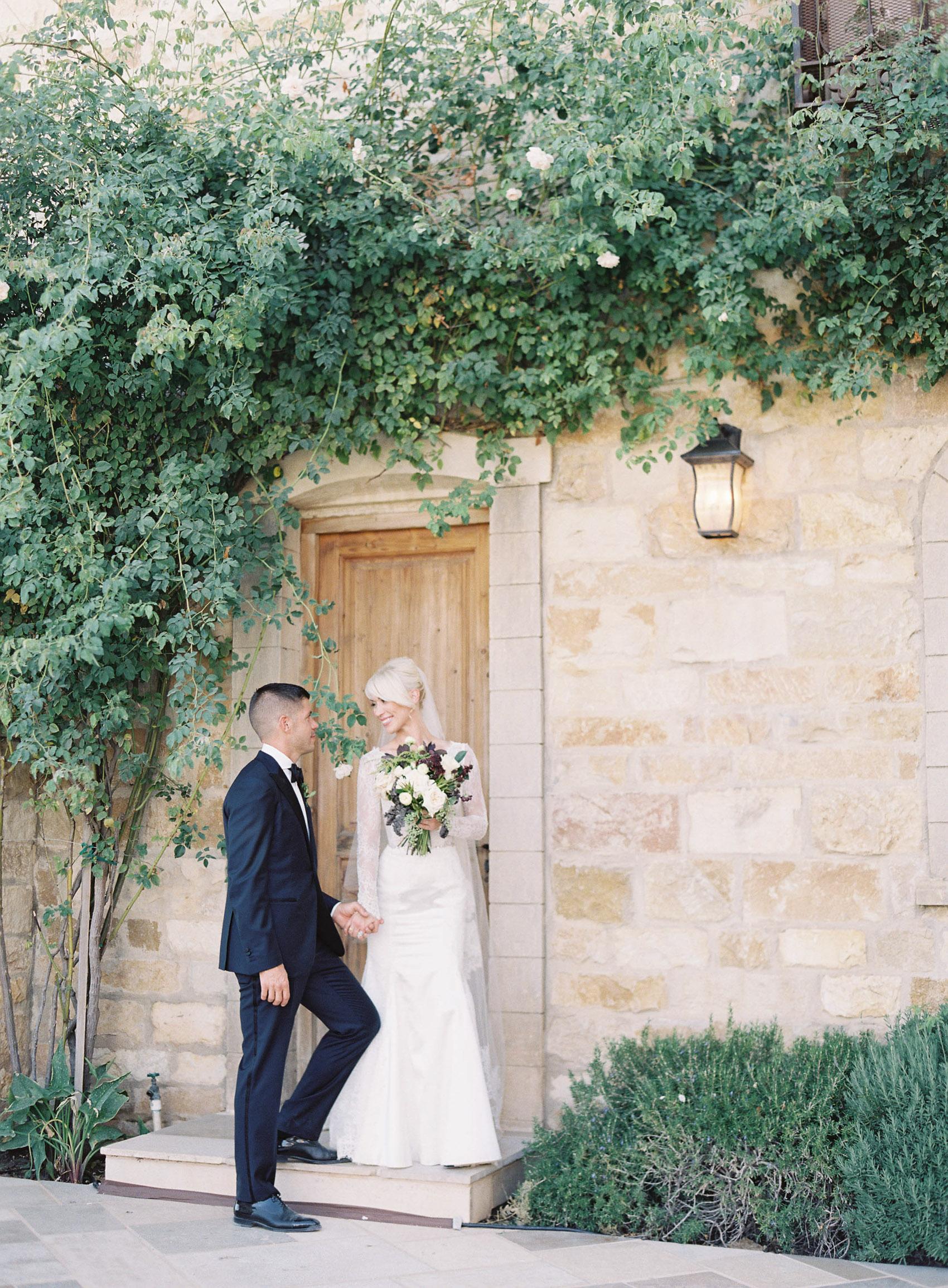 Sunstone_Villa_Wedding-58-Jen-Huang-JTEd-99-Jen_Huang-002836-R1-005.jpg