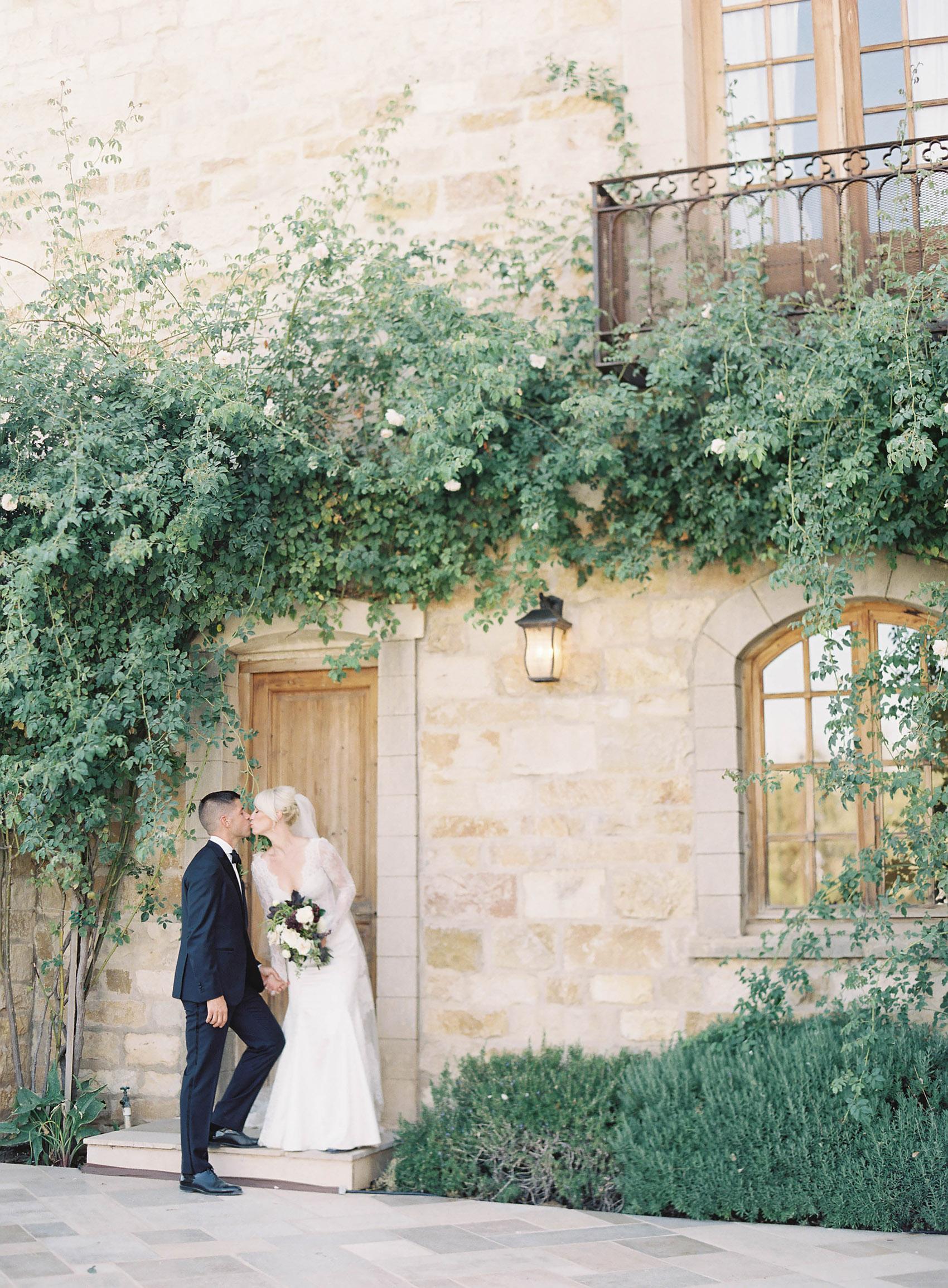 Sunstone_Villa_Wedding-59-Jen-Huang-JTEd-100-Jen_Huang-002836-R1-006.jpg