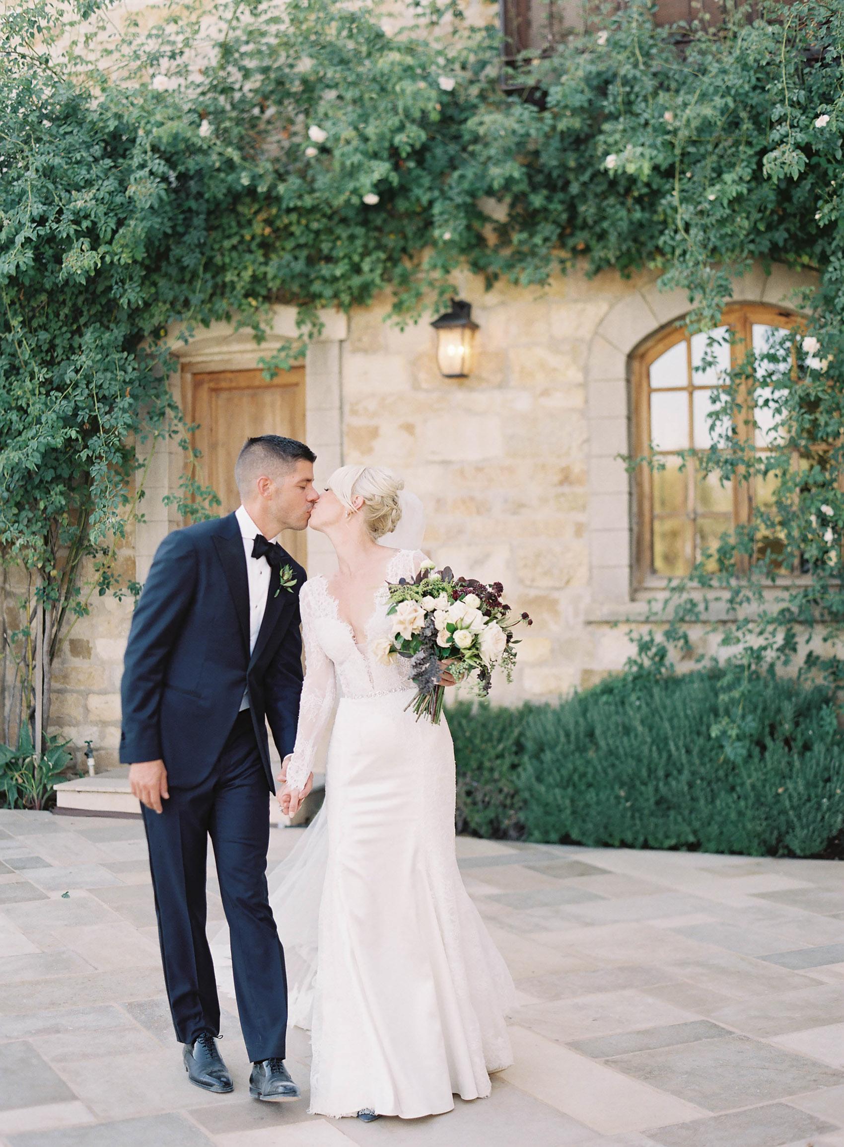 Sunstone_Villa_Wedding-60-Jen-Huang-JTEd-101-Jen_Huang-002836-R1-011.jpg
