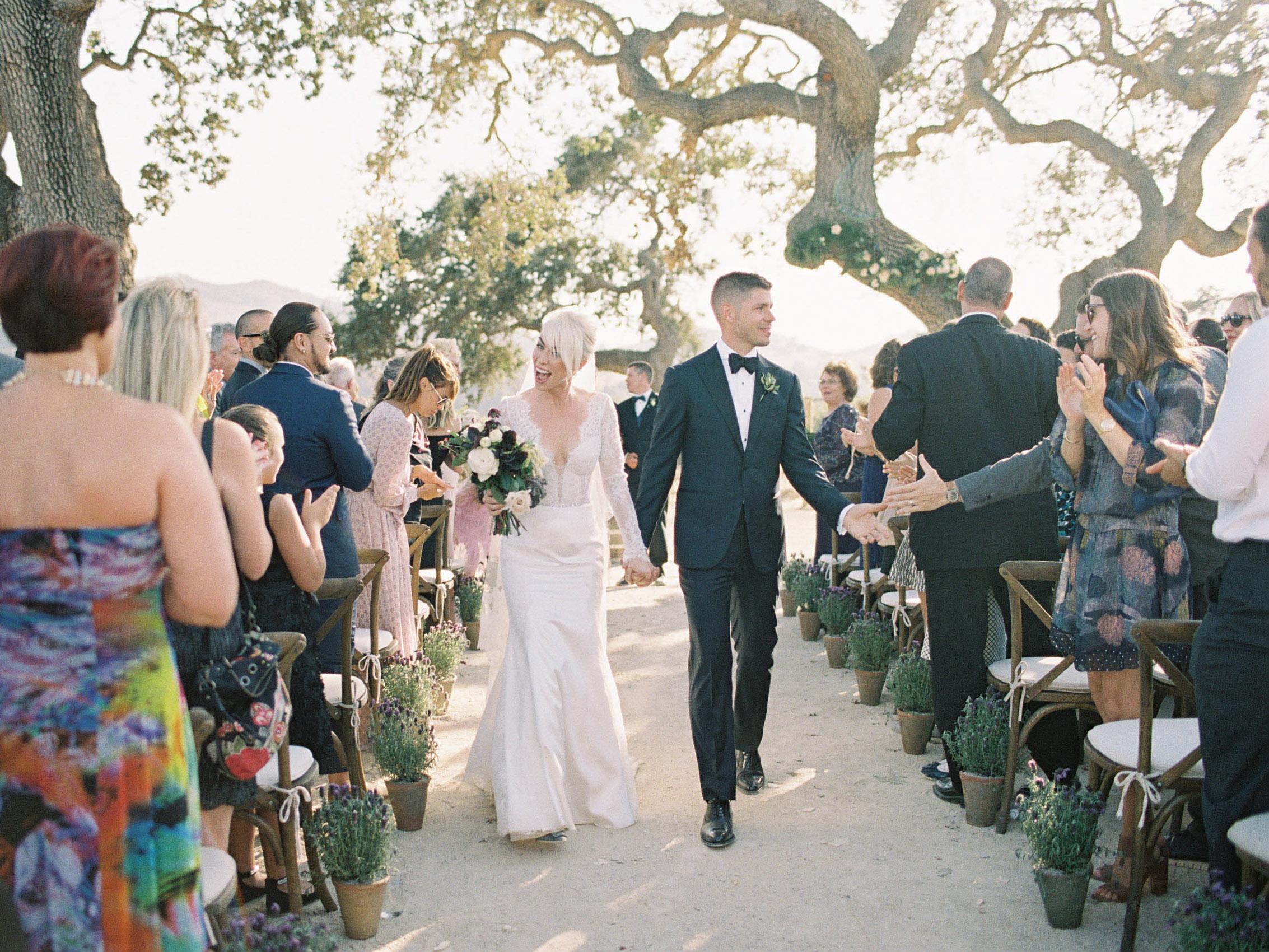 Sunstone_Villa_Wedding-54-Jen-Huang-JTEd-93-Jen_Huang-002815-R1-021.jpg