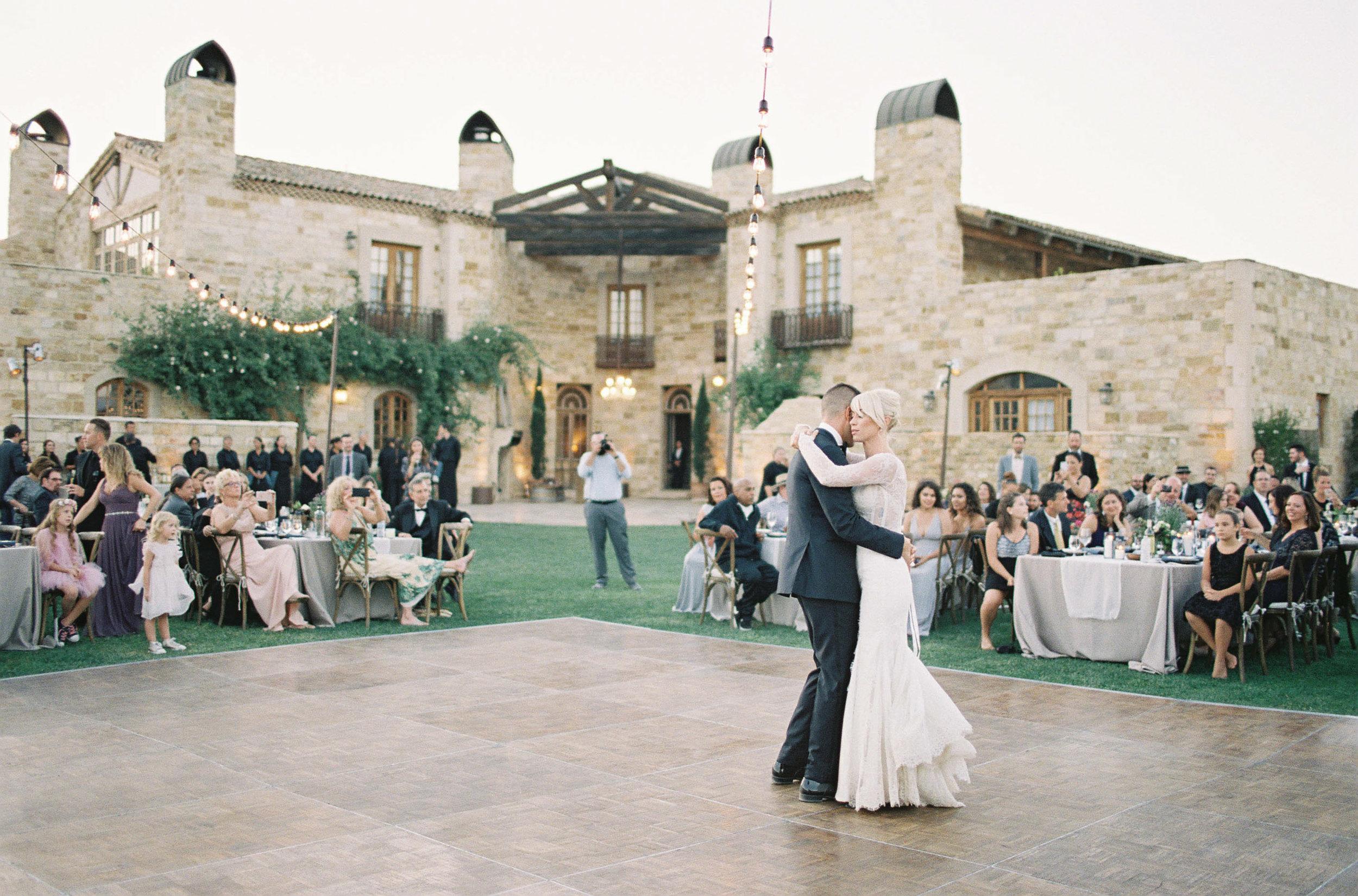 Sunstone_Villa_Wedding-134-Jen-Huang-JTEd-255-Jen_Huang-002818-R1-029.jpg