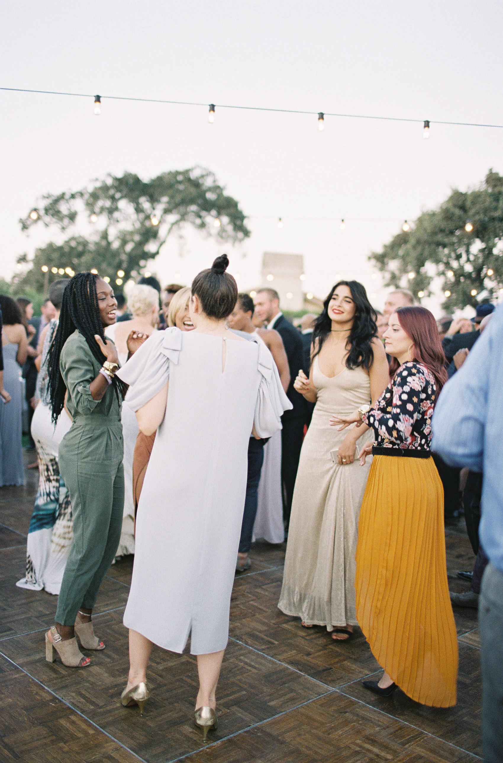 Sunstone_Villa_Wedding-141-Jen-Huang-JTEd-270-Jen_Huang-002812-R1-008.jpg