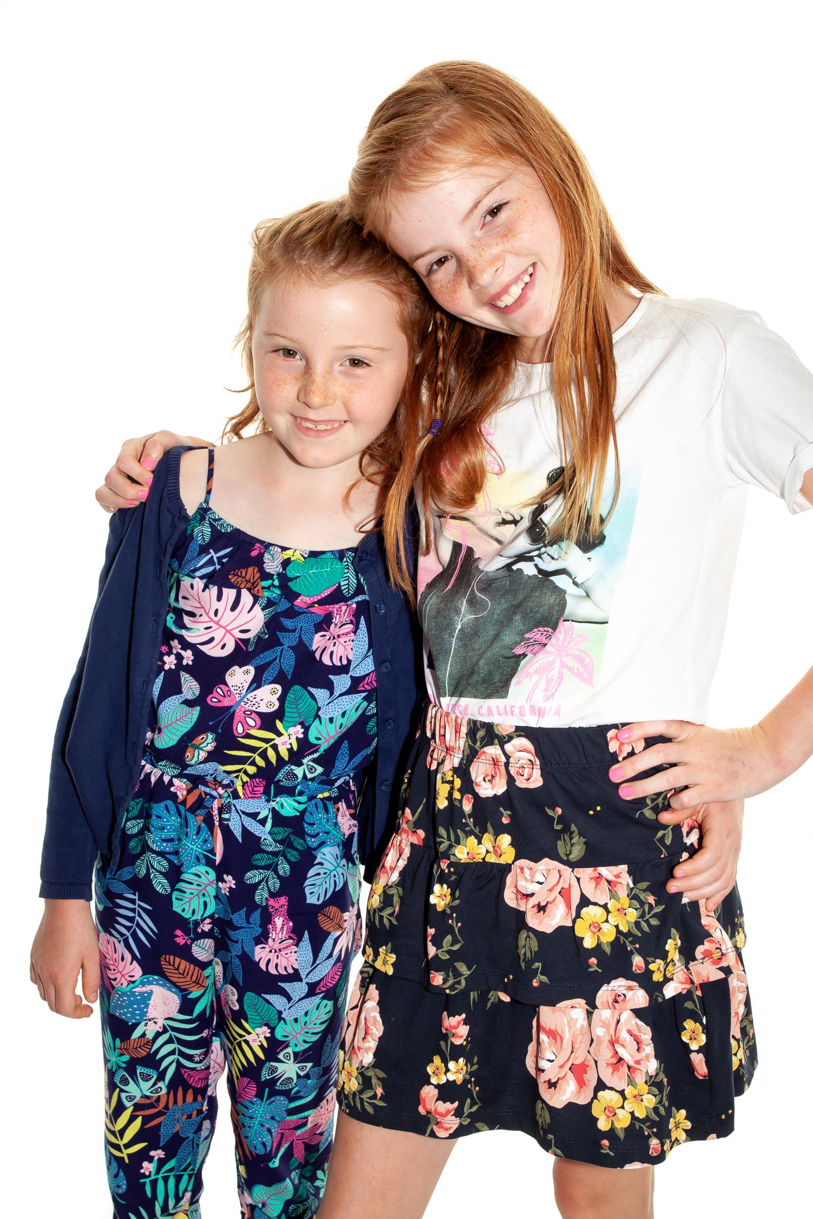 Leah & Kaite Lynch 21.02.09.jpg
