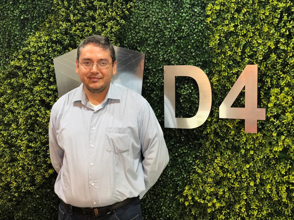 docente en ingeniería en sistemas computacionales Lic. CRUZ ALBERTO ALVAREZ GARCIA    especialista en:  INFORMÁTICA ADMINISTRATIVA, área de sistemas.