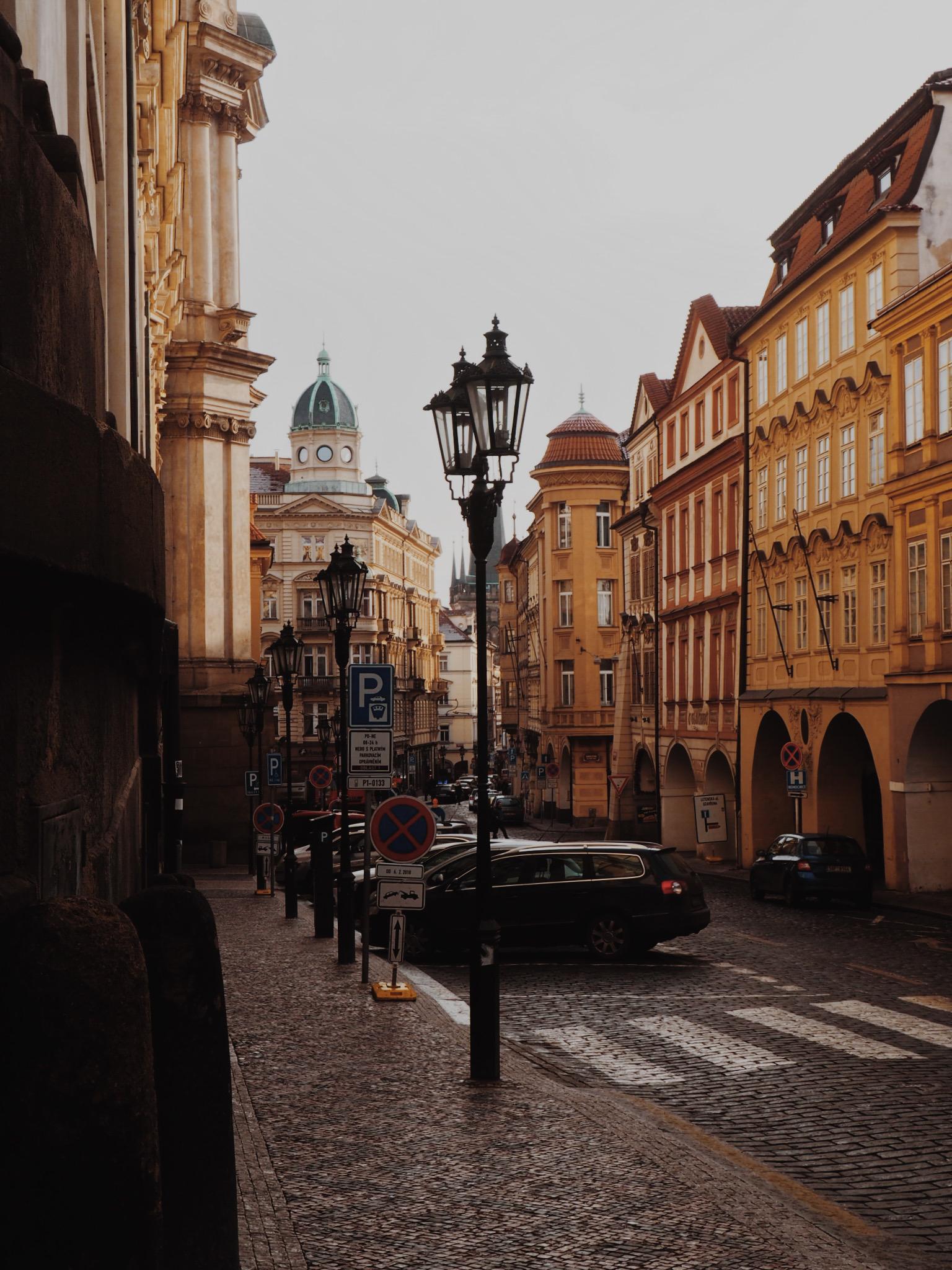 PragueTravelGuide