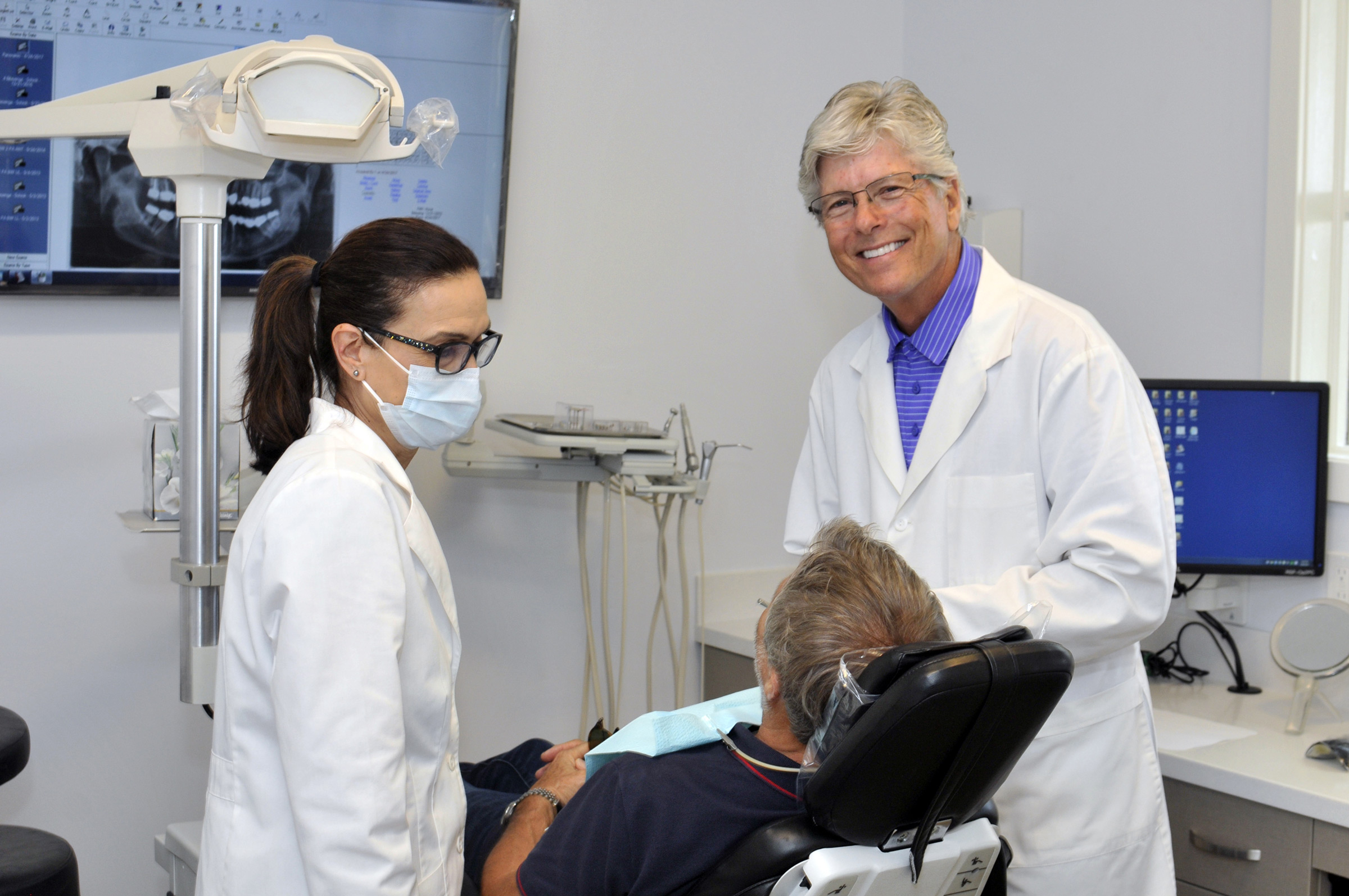 Aesthetic and Restorative Dentistry - Art in dentistry— over 20 years of experience