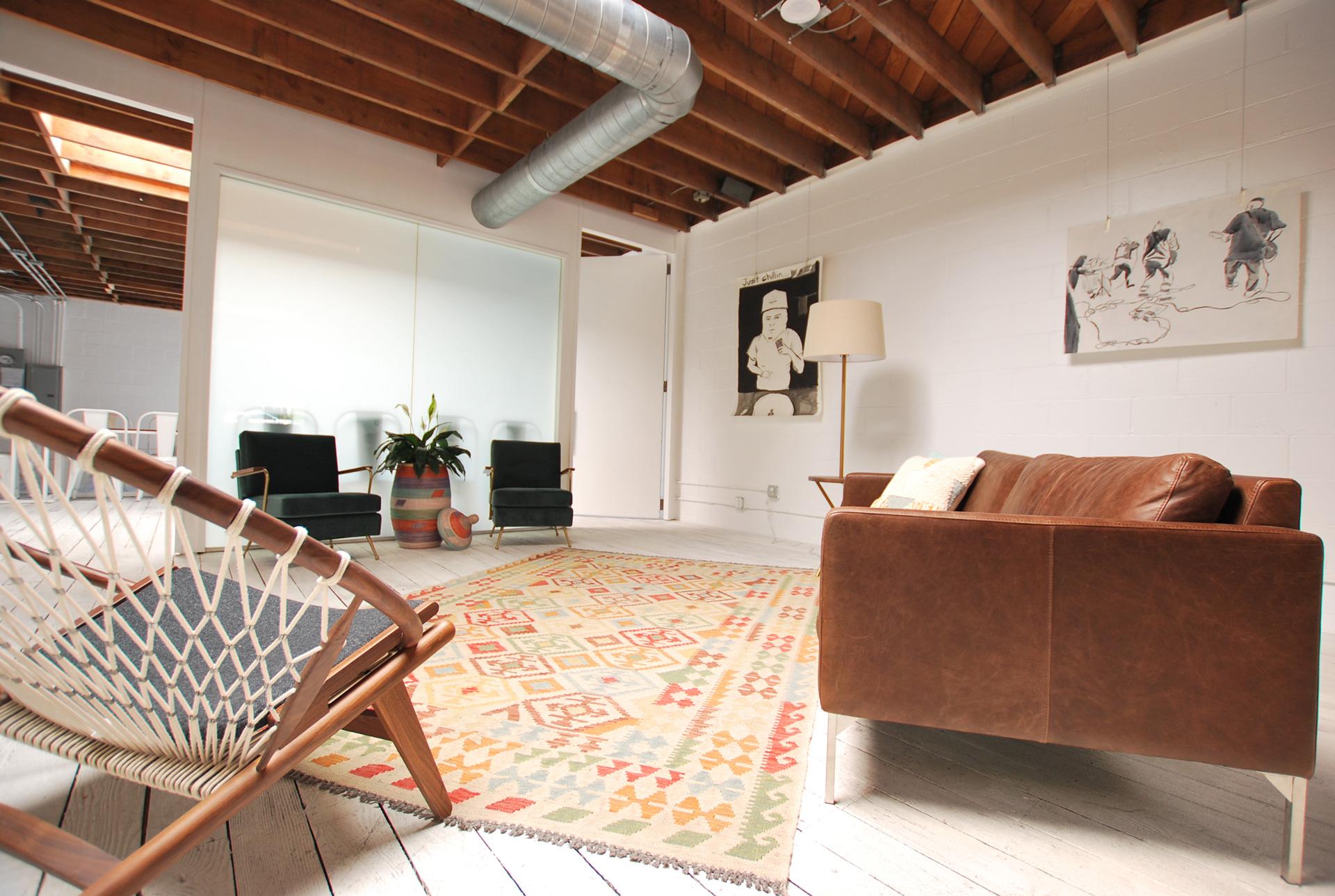 Studio - Petalfox Studio at UNITA215 Arena StreetEl Segundo, Los Angeles, CAhello@petalfox.com
