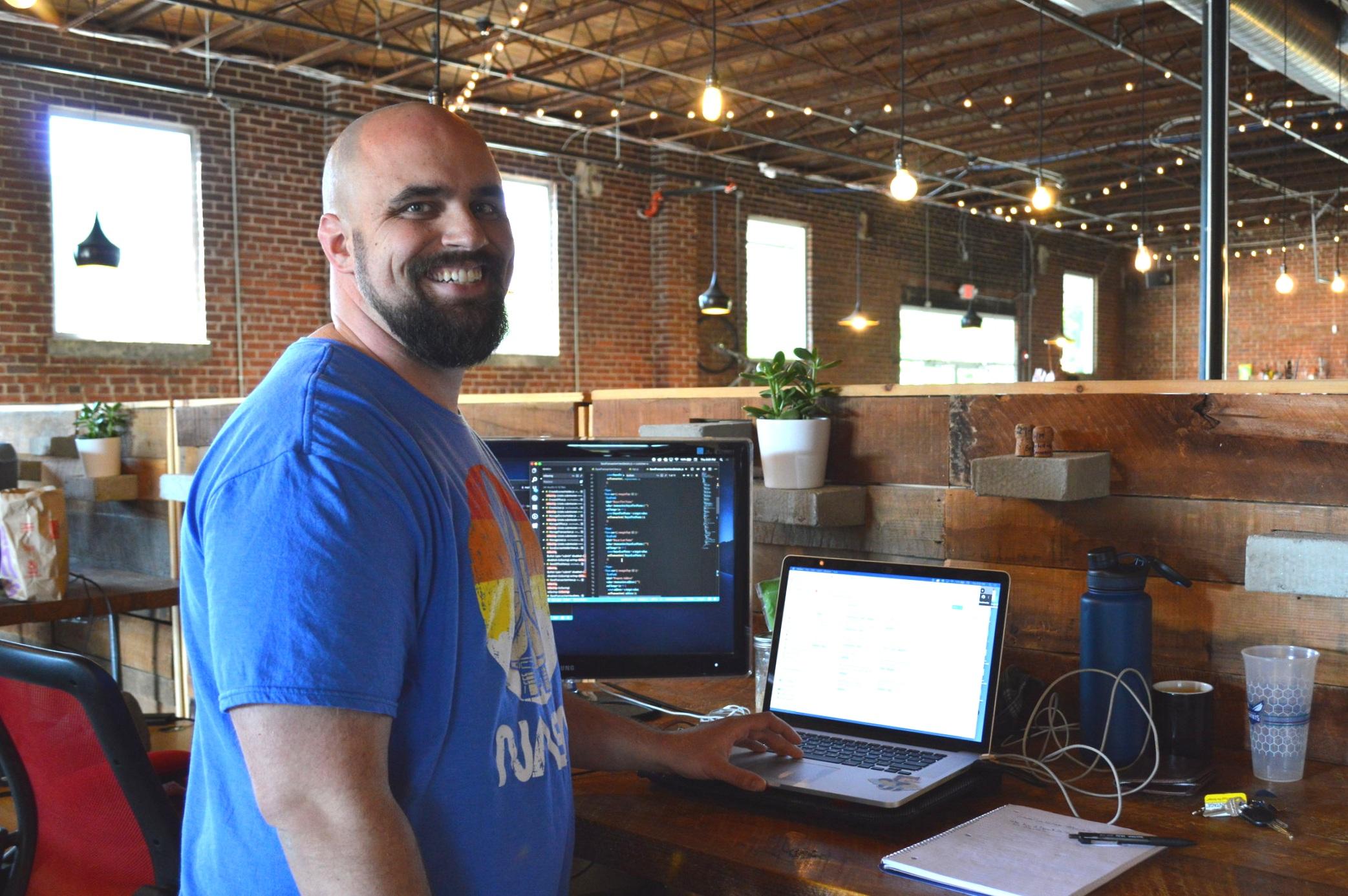 Seth at his desk at Earnnest.