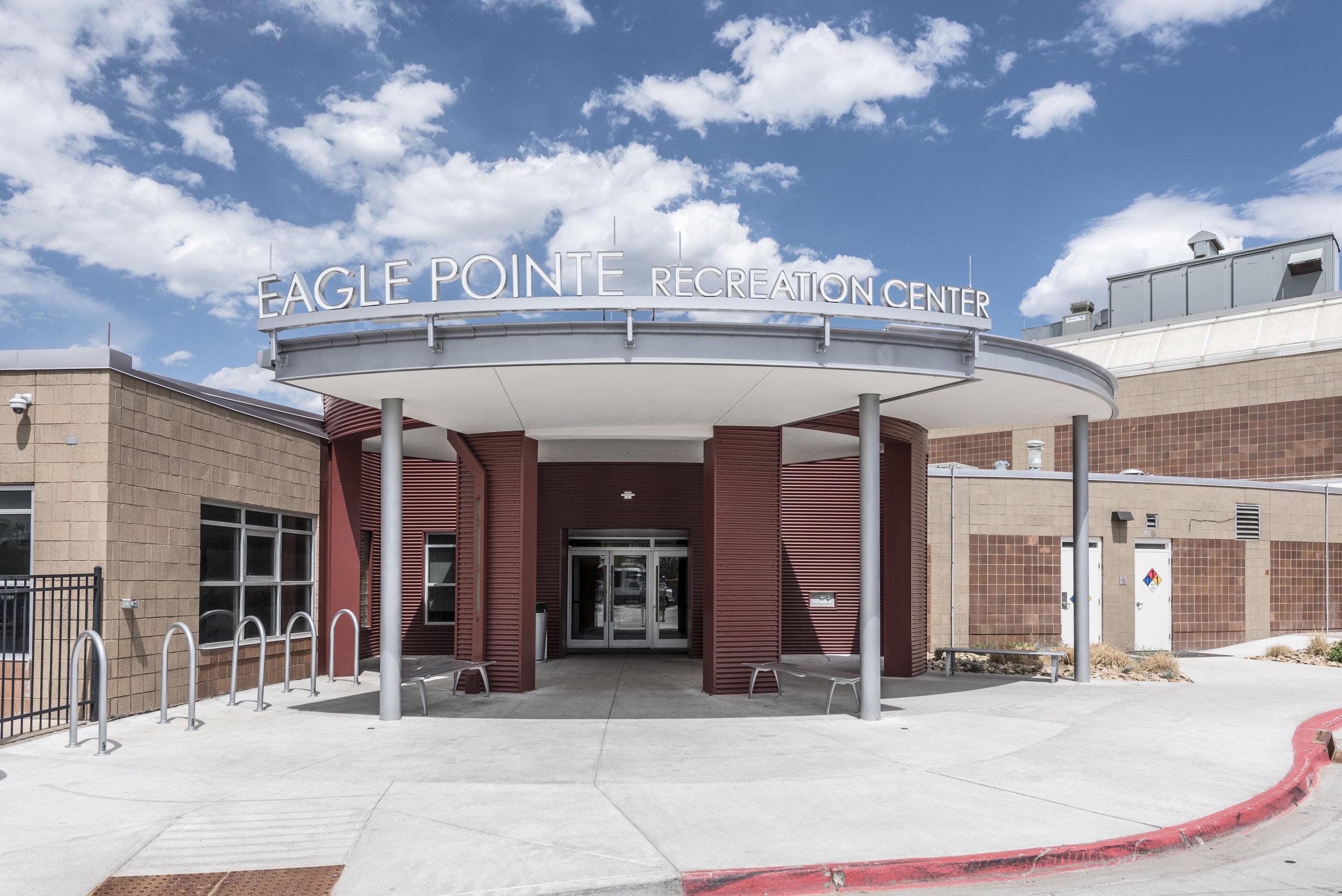 Essenza-Eagle-Pointe-Recreation-Center-001.jpg