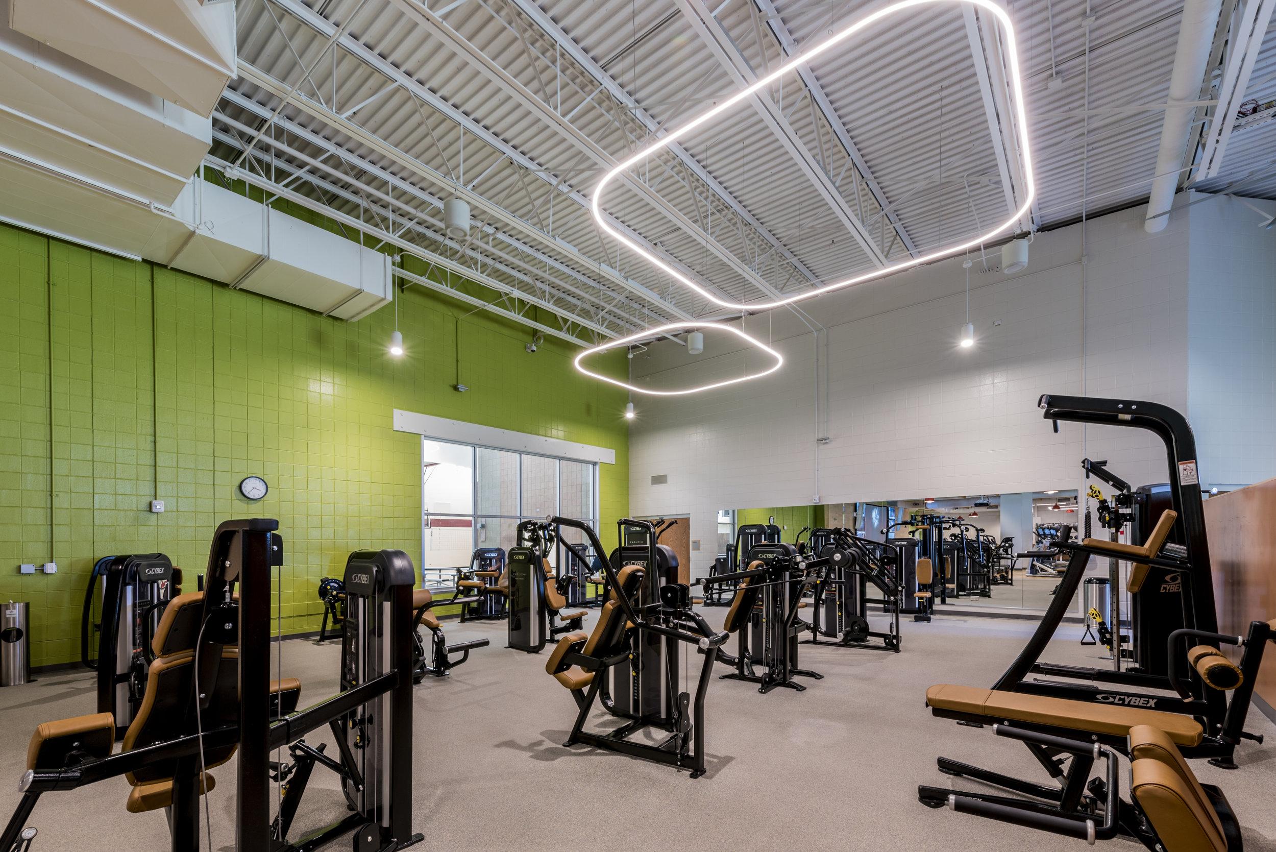 Essenza-Eagle-Pointe-Recreation-Center-051.jpg