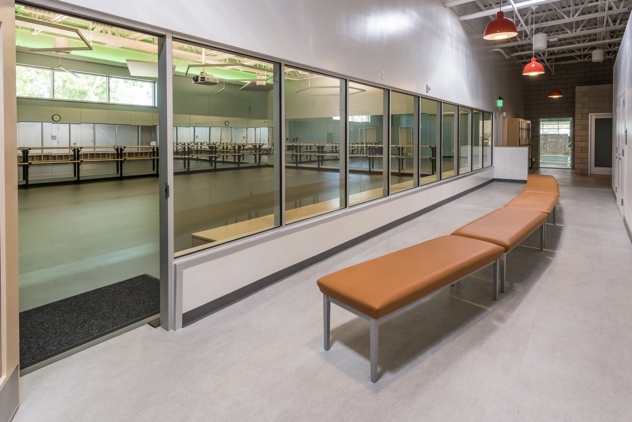 Essenza-Eagle-Pointe-Recreation-Center-074.jpg
