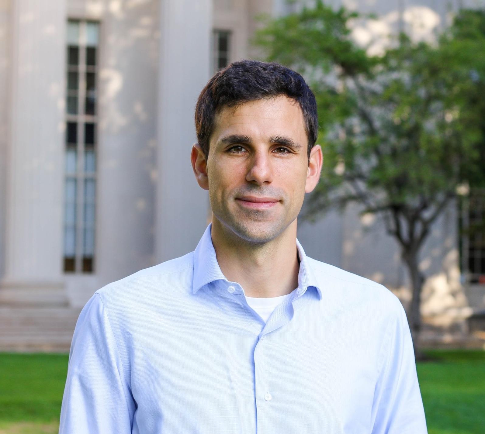 Dr. César de la Fuente Nunez, a Postdoctoral Associate and Ramon Areces Foundation Fellow at MIT, working with Prof. Timothy K. Lu.