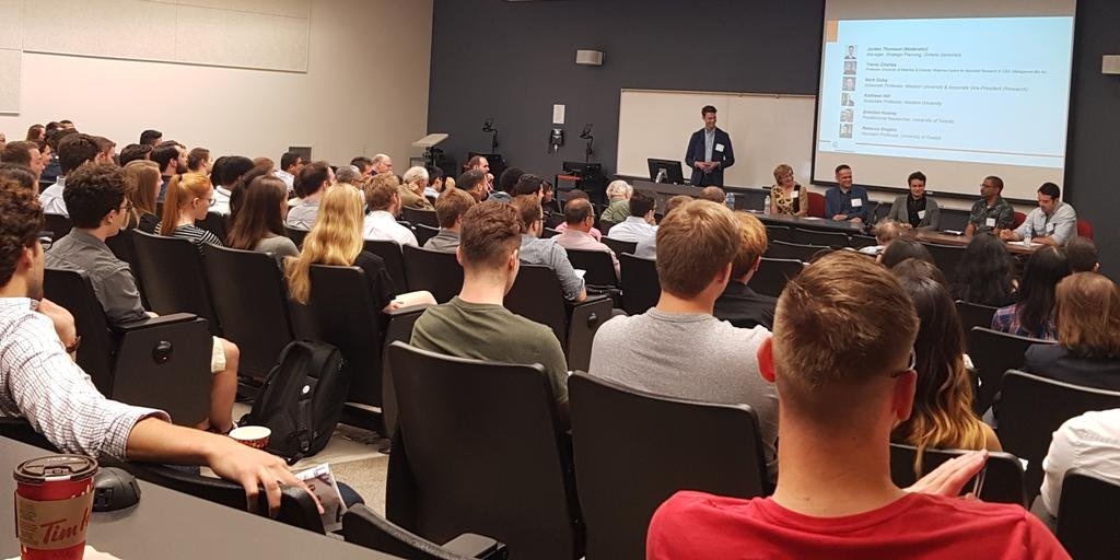 The panel discussion was well attended, highlighting the significant interest in synbio at Western University.  Image courtesy of  Western University Science .
