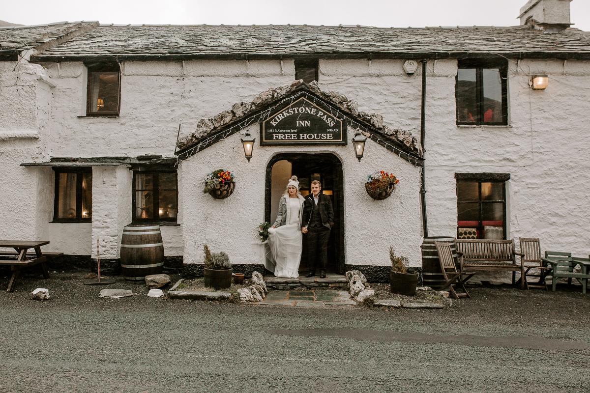 Lake district winter elopement wedding LR-28.jpg