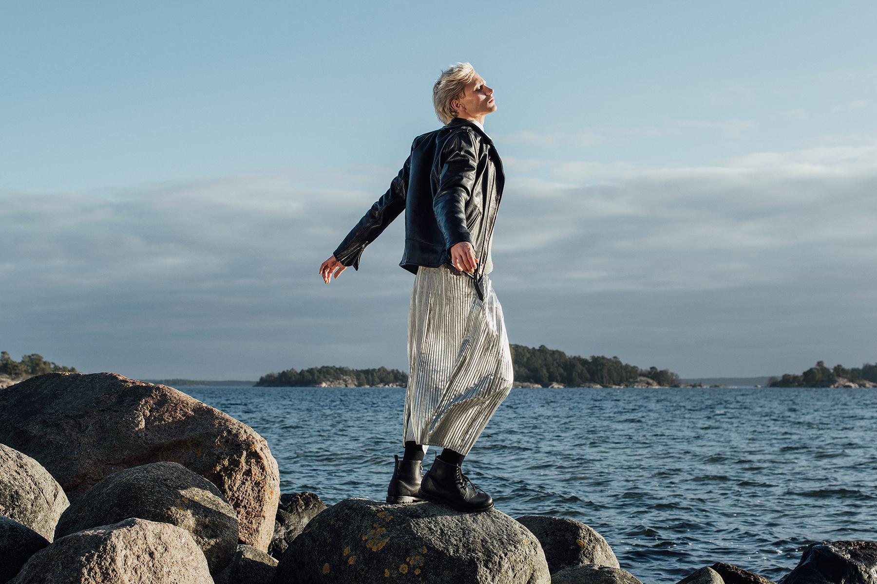 Leather Jacket  Schott NYC  / Knit  Brixtol  / Skirt  H&M  / Boots  Asos