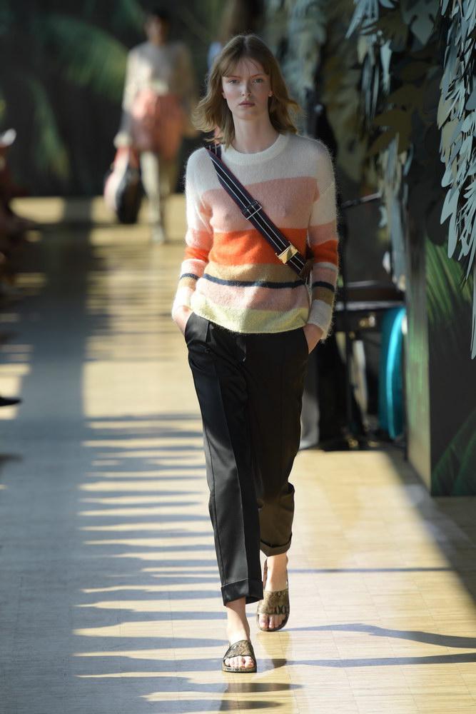 munthe-fashionweekss19-runway-copenhagen-aboutthatlook