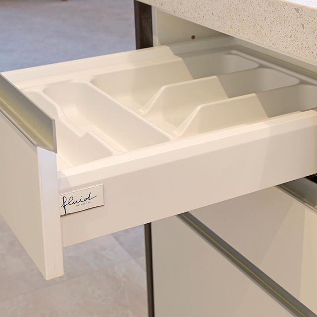 Functional, well organised, custom designed kitchen, please visit Maddren Showroom, Millwater #fluid_interiorsnz #maddrenhomes