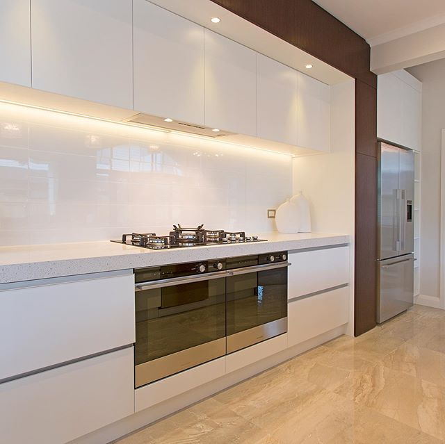 Are you looking for some inspiration? You are welcome to come and see our latest kitchen designs in Maddren Showroom, Millwater #fluid_interiorsnz #maddrenhomes