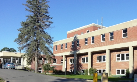 Carleton Place and District Memorial Hospital