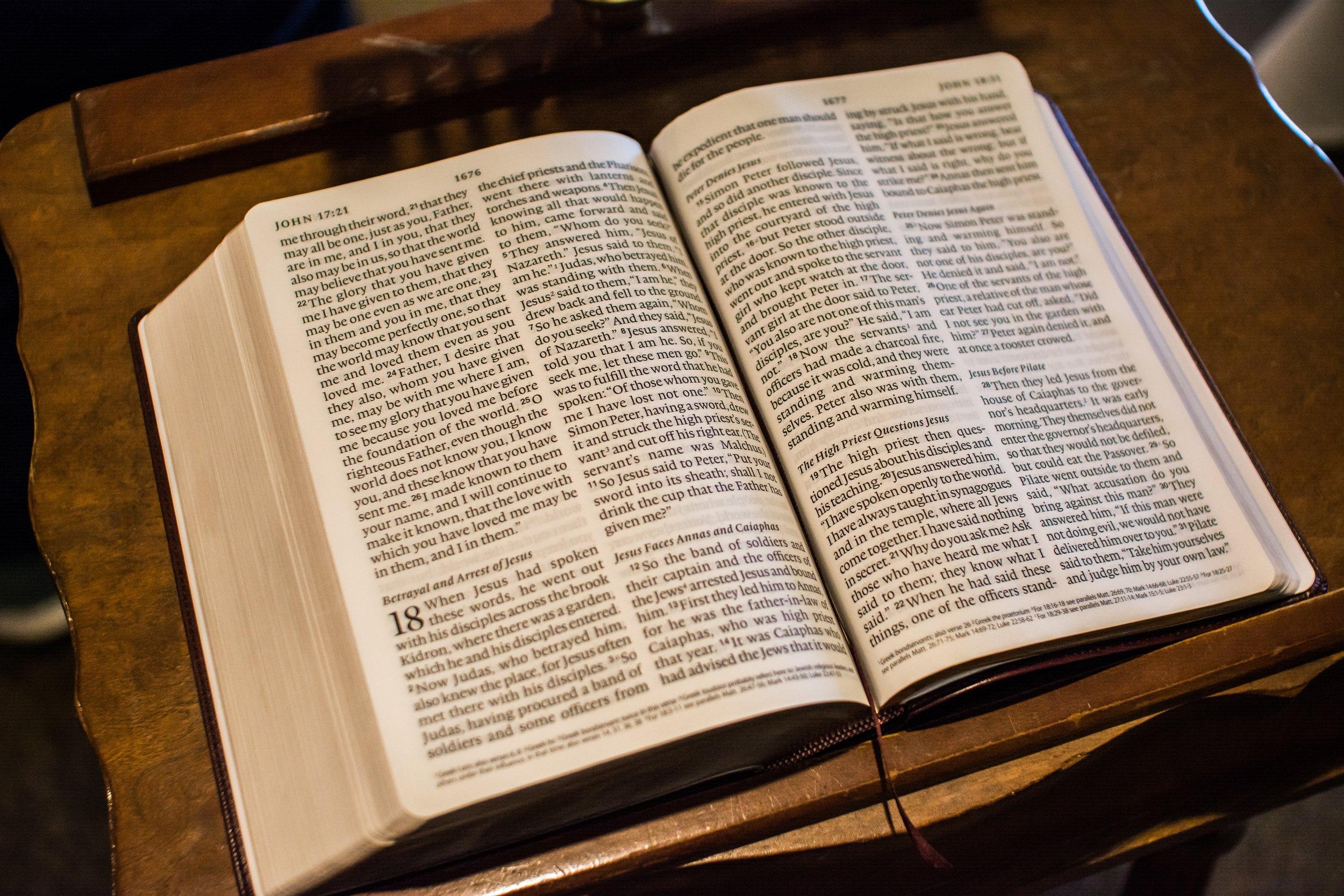 bible-easter-1281216.jpg