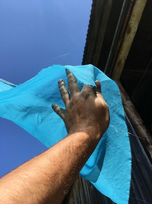 Dyed indigo fabric