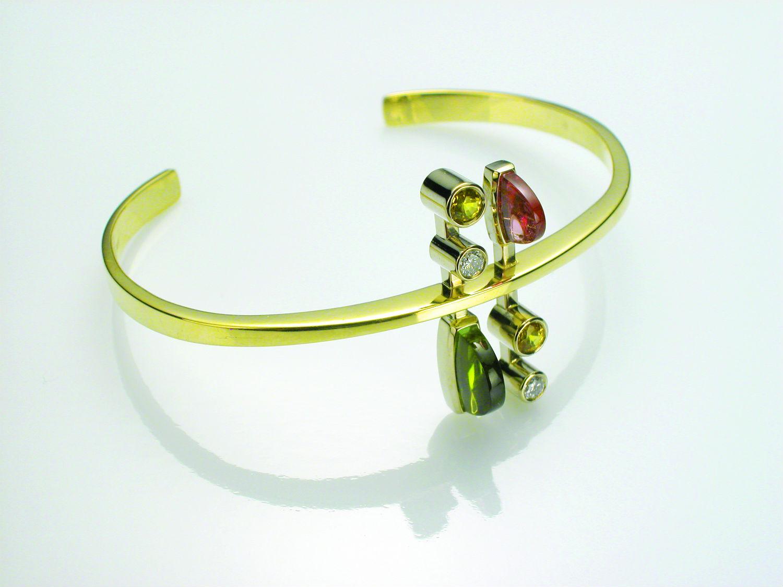 Metal bracelet making