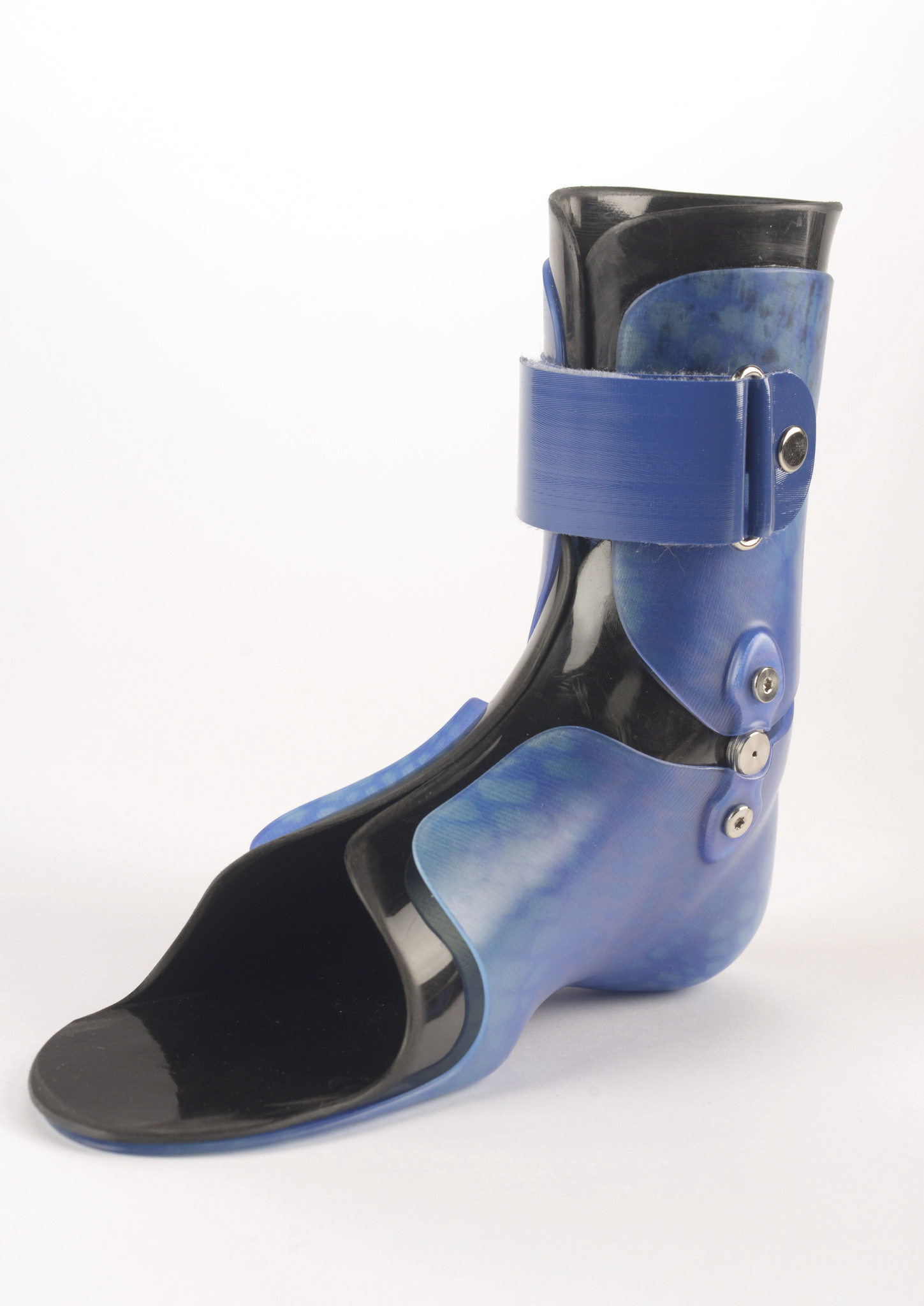 Pivot Installed on an Orthosis