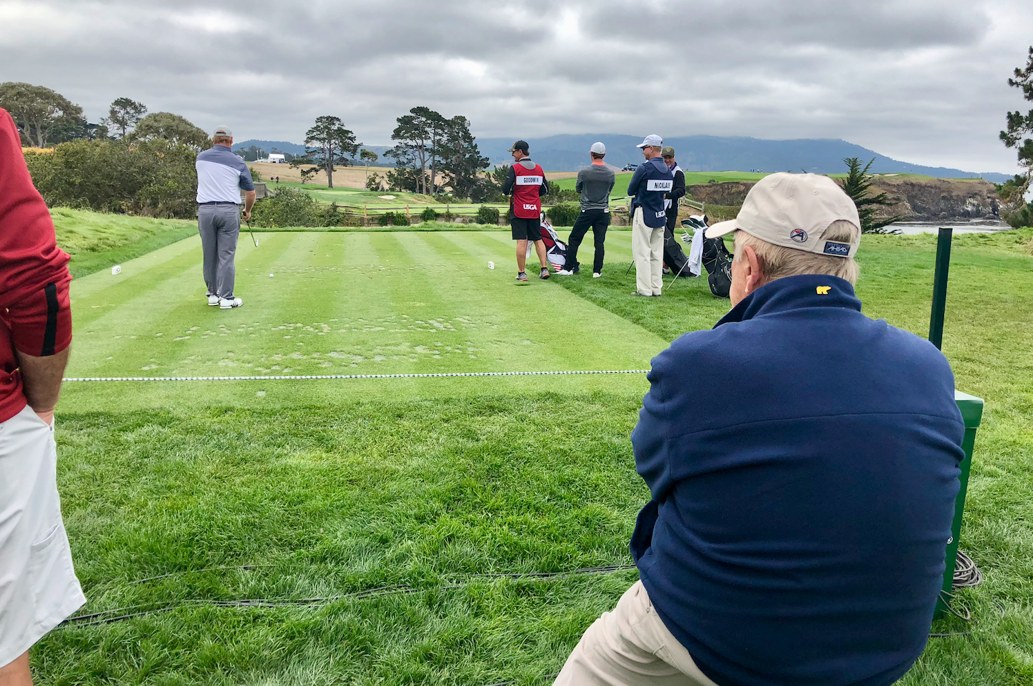 Jack Nicklaus watching Gary Nicklaus in the 2018 U.S. Amateur, fifth hole